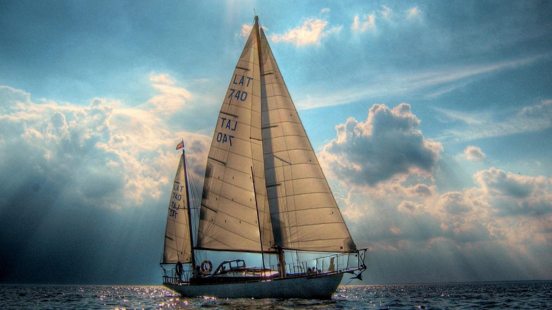 картинка яхта под парусами данные предметы