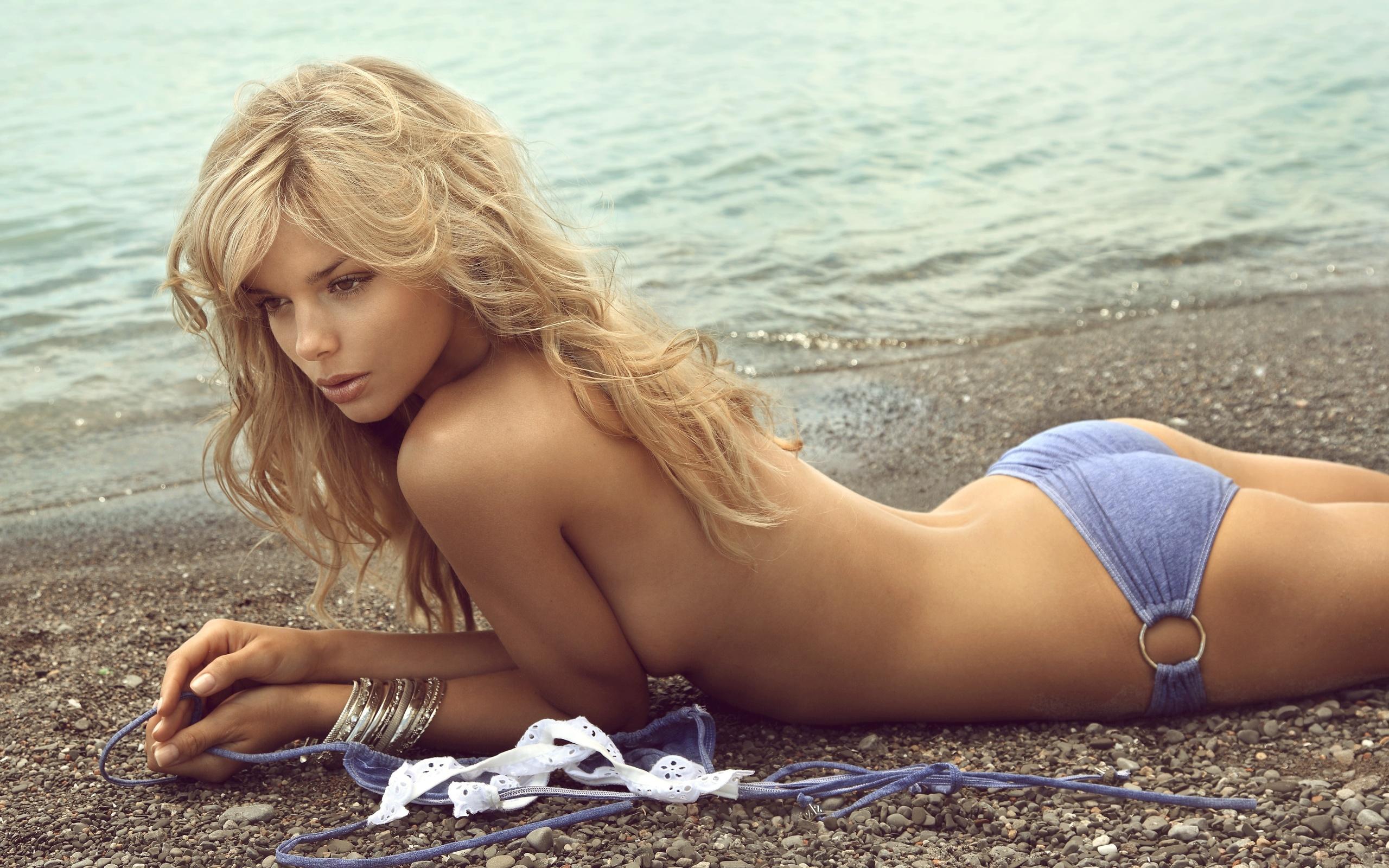 Naked swedish girls having sex