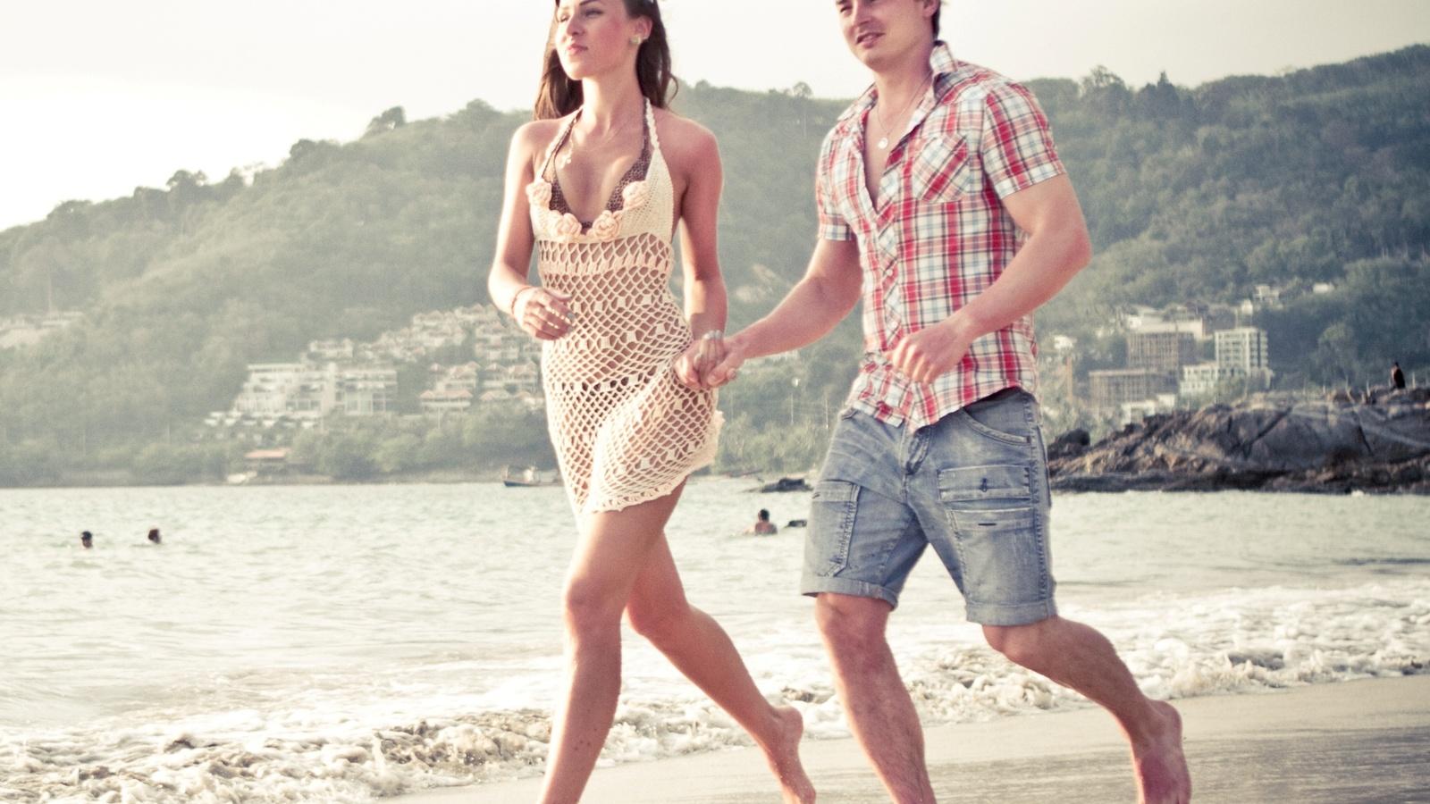 сей картинка пара в футболках на побережье тебя очень сильно