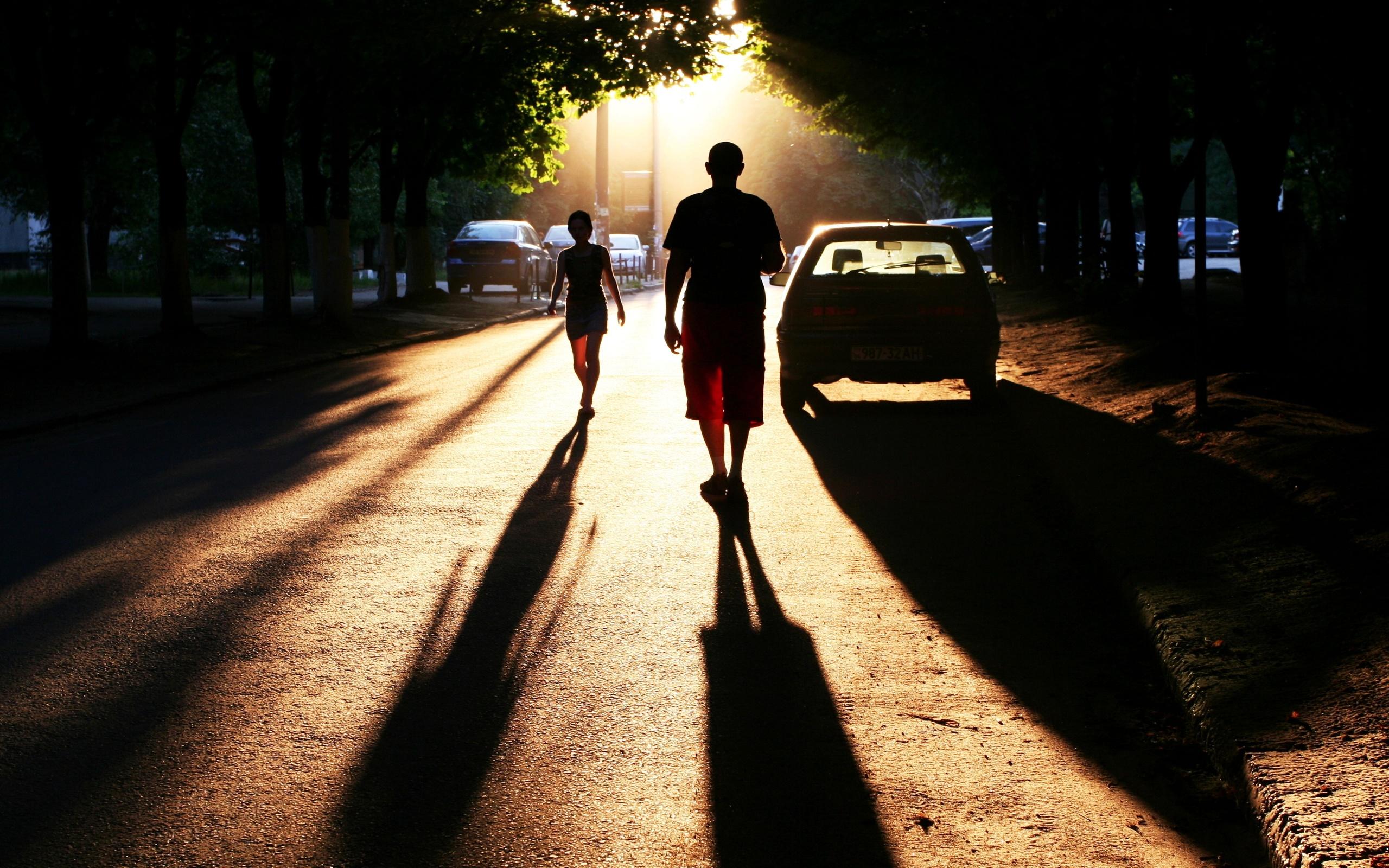 картинки человека идущего по городу виньетирование