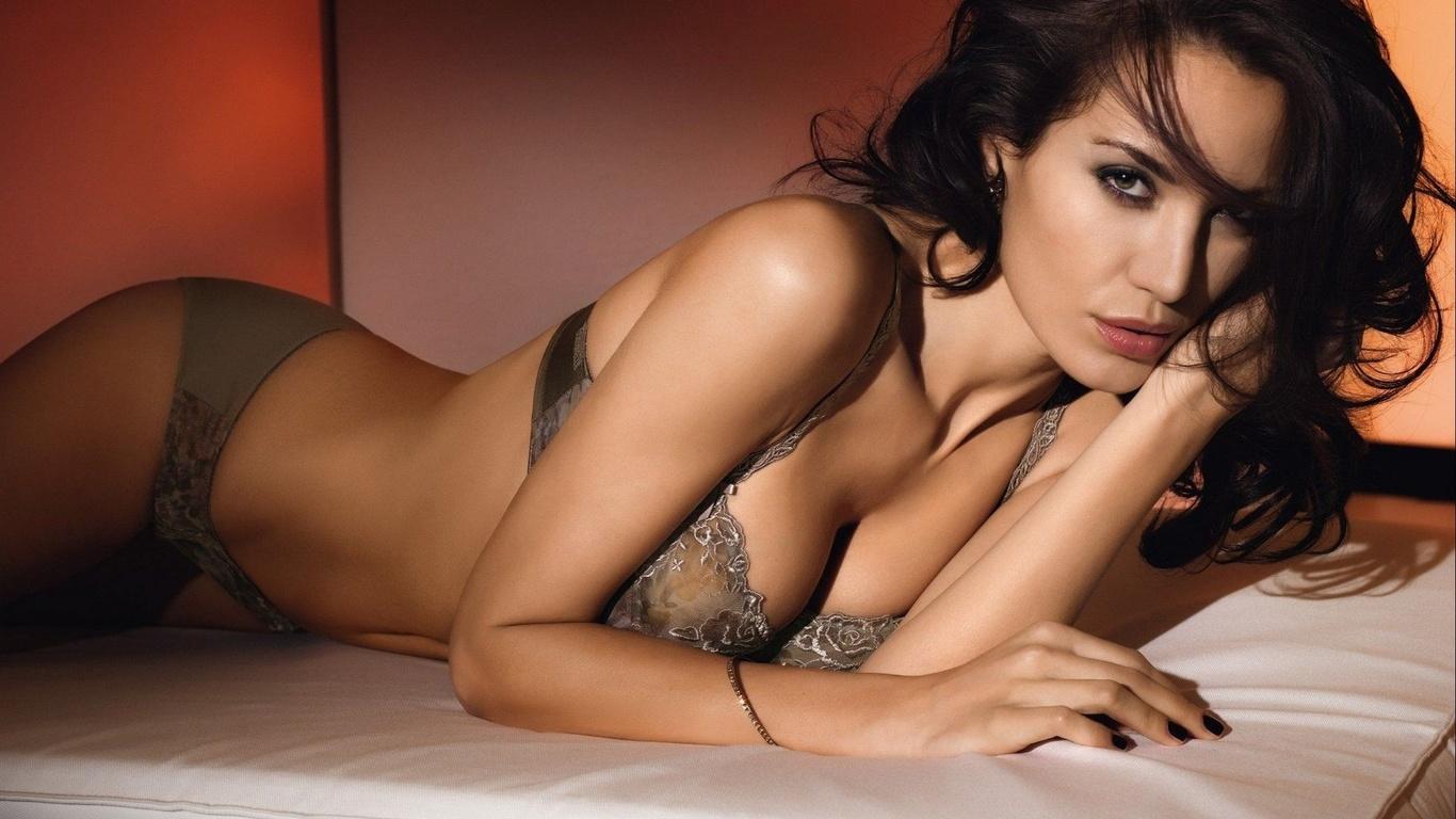 Стрaстный секс с красивой девушкой онлайн, Лучшее порно Красивый секс - Смотреть бесплатно 24 фотография