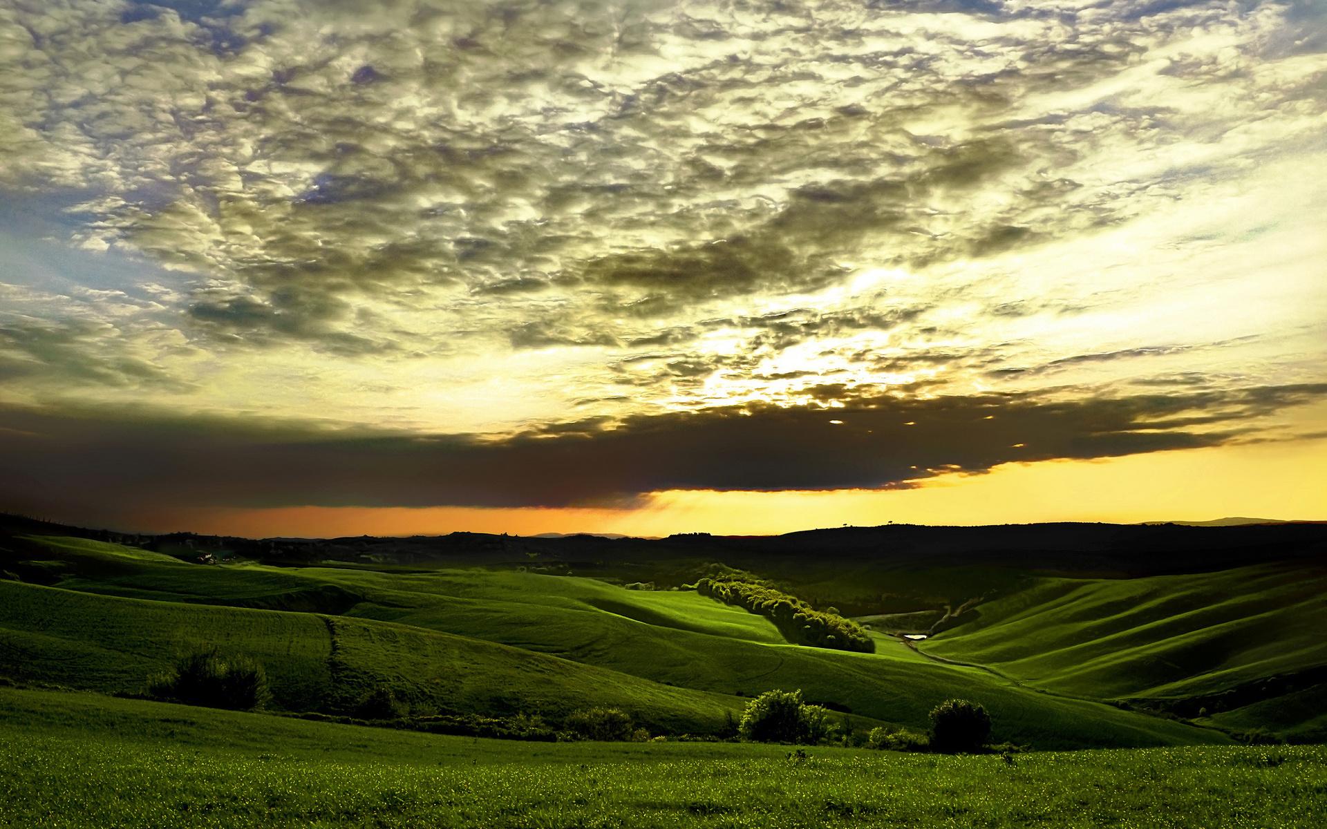 организовать картинка зеленые холмы хороший