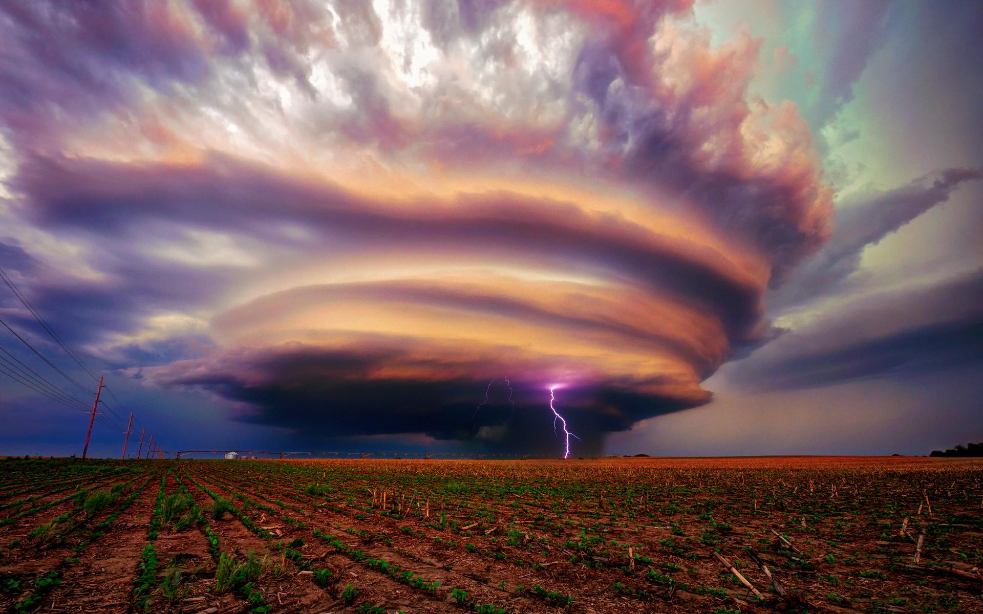 яркие картинки бури твид