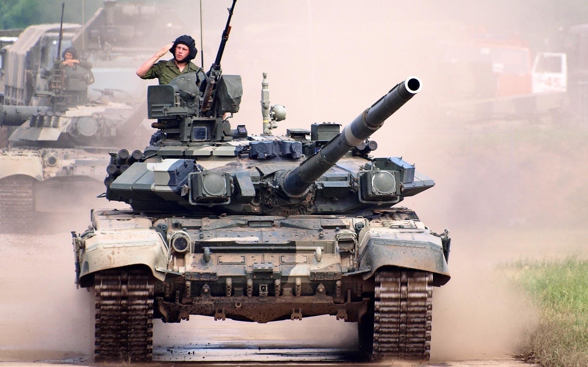 Танкист на танке картинки