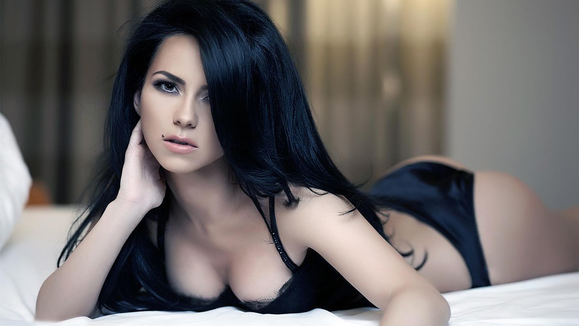красивые картинки брюнетки сексуальные - 13