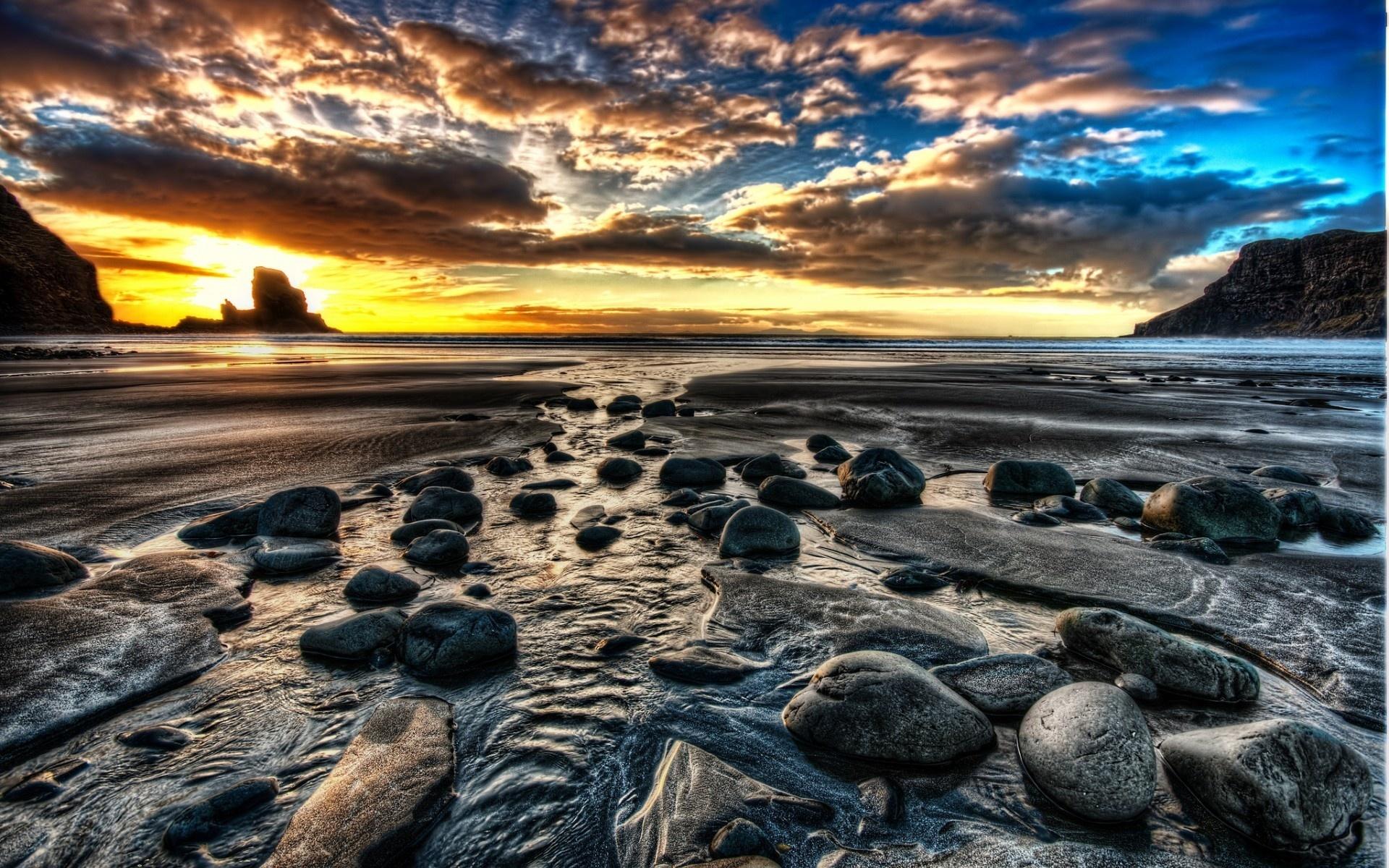 Море камни закат картинки