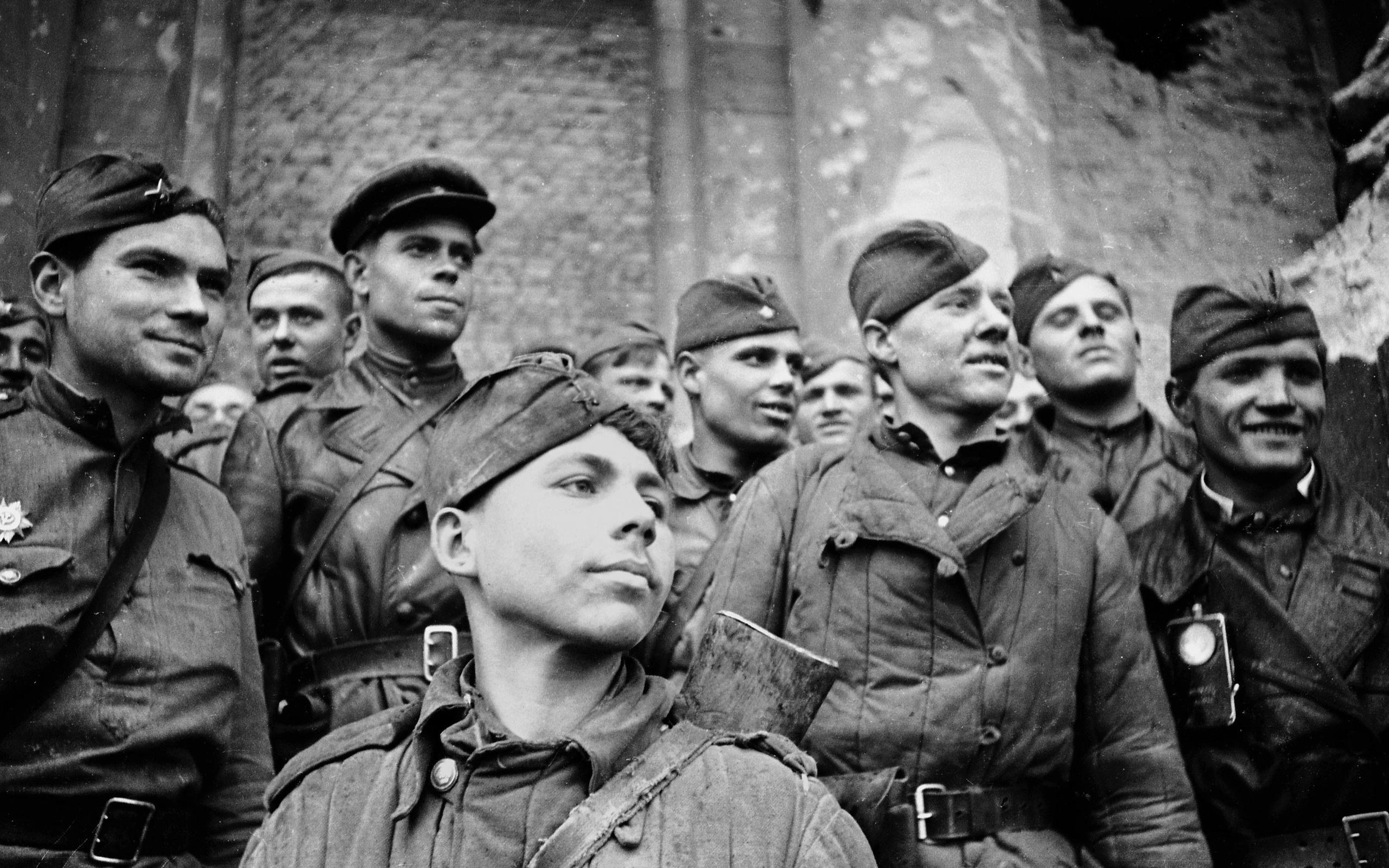 Стихи солдату поздравление солдата с днем рождения редко