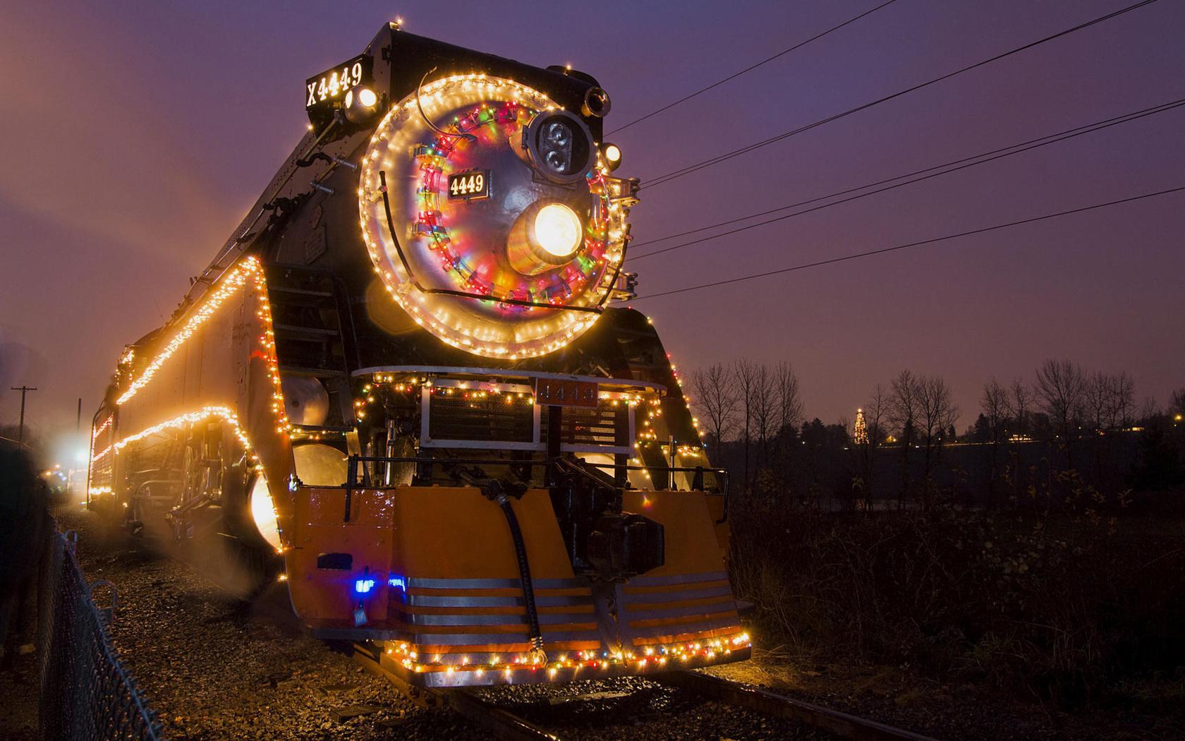Картинки новый год с поездом