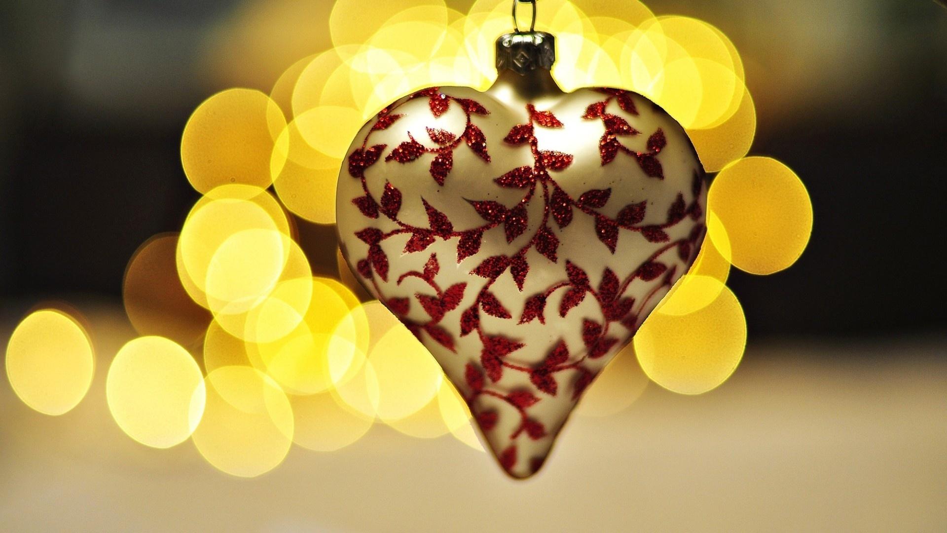 стою просто красивые картинки на аву сердечки касается