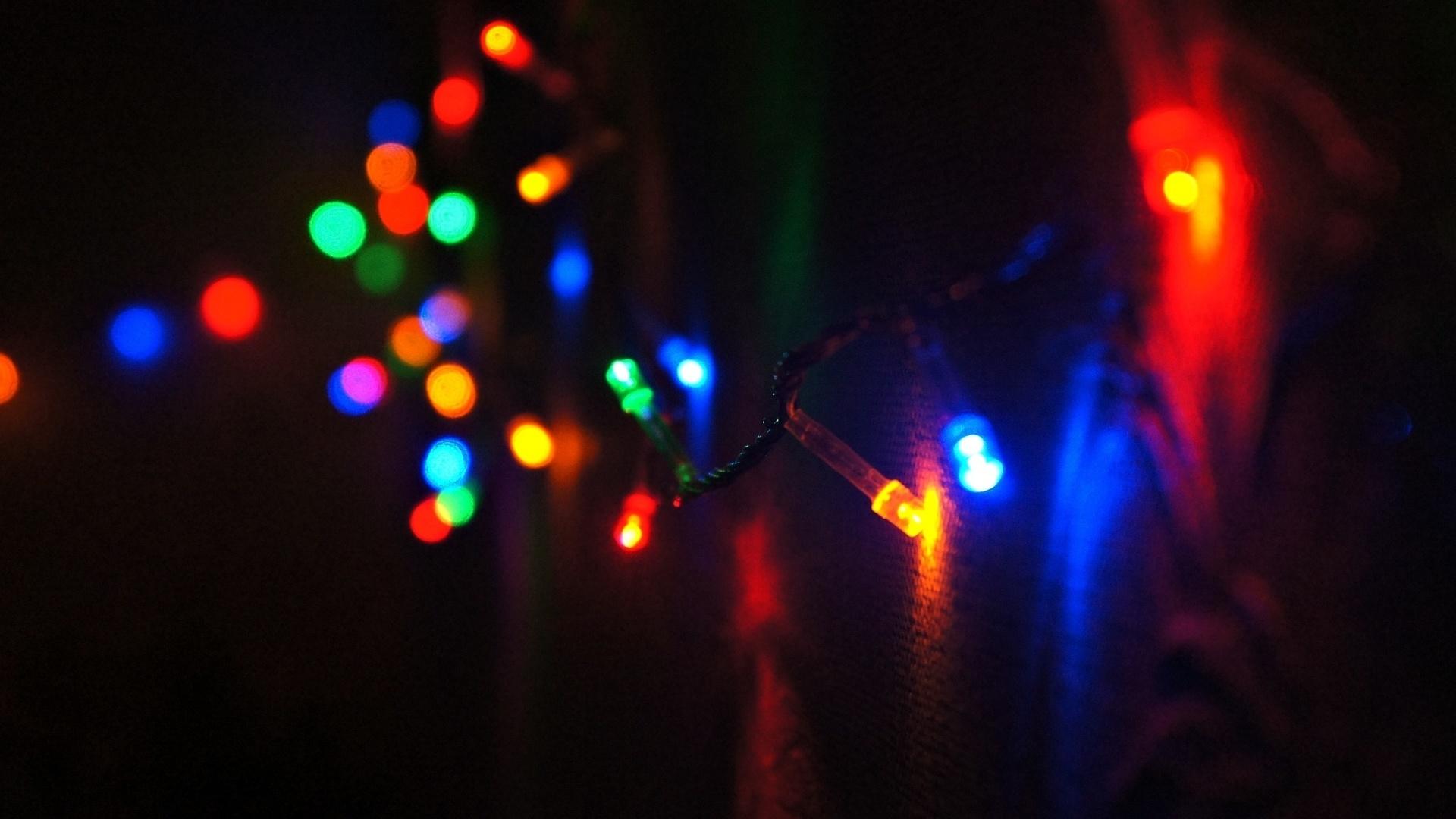 информационных, офисных, красивые картинки с цветным фонарем тех, кто потерялся