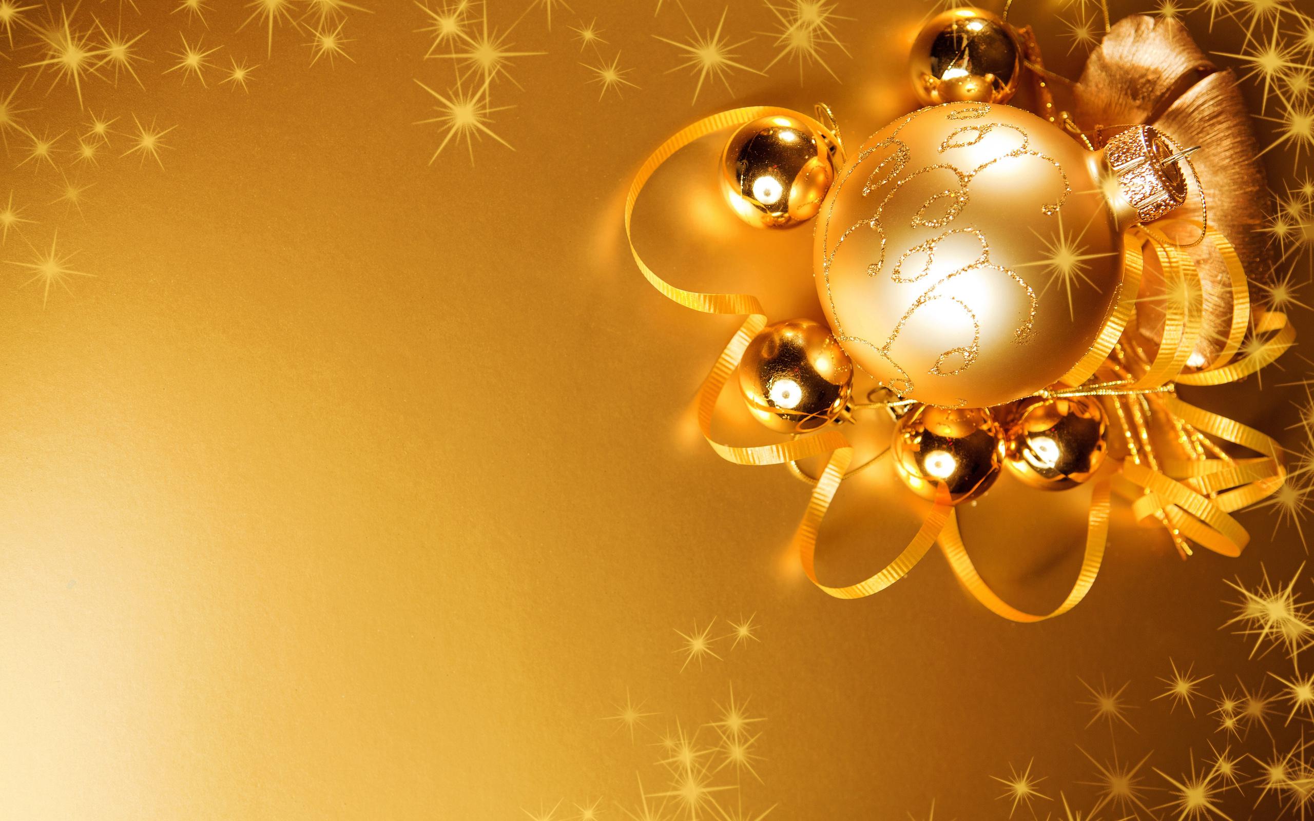 Новогодняя картинка золотая