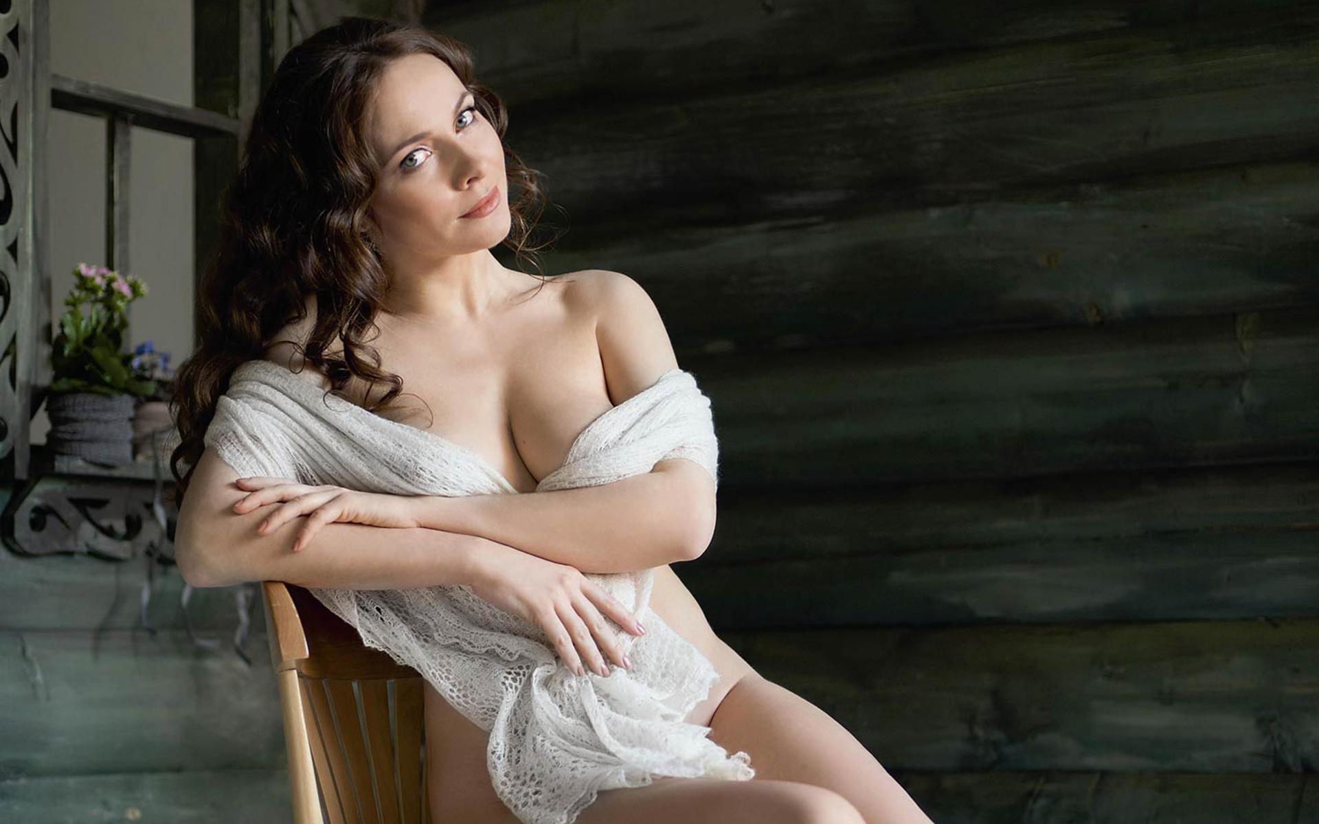 Интим фото актрис русских