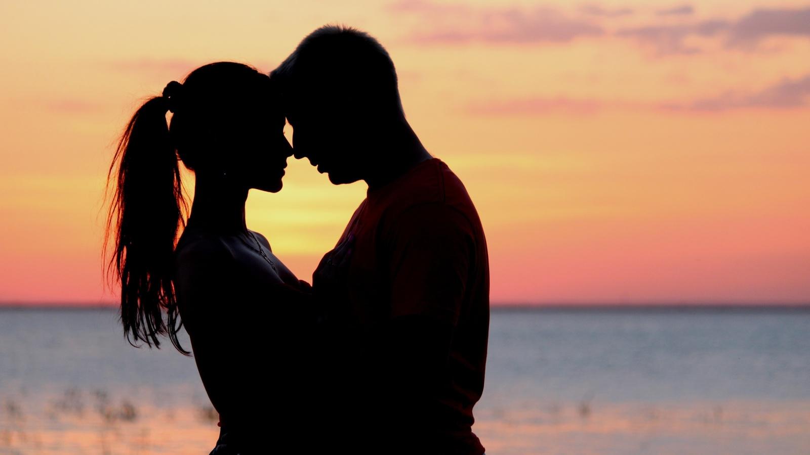 Картинки про любовь парень и девушка с надписью, легким паром прикольные