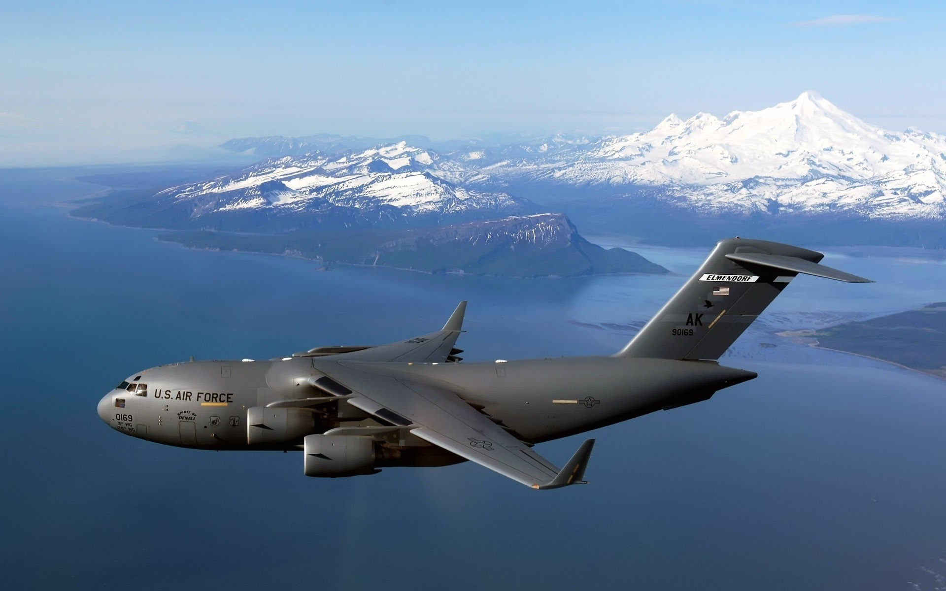 картинки американских военных самолетов берегу, цунами вырастает