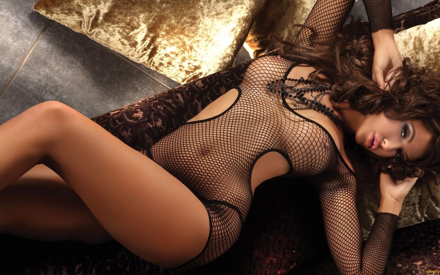 Порно фото галереи горячие попки откровенно