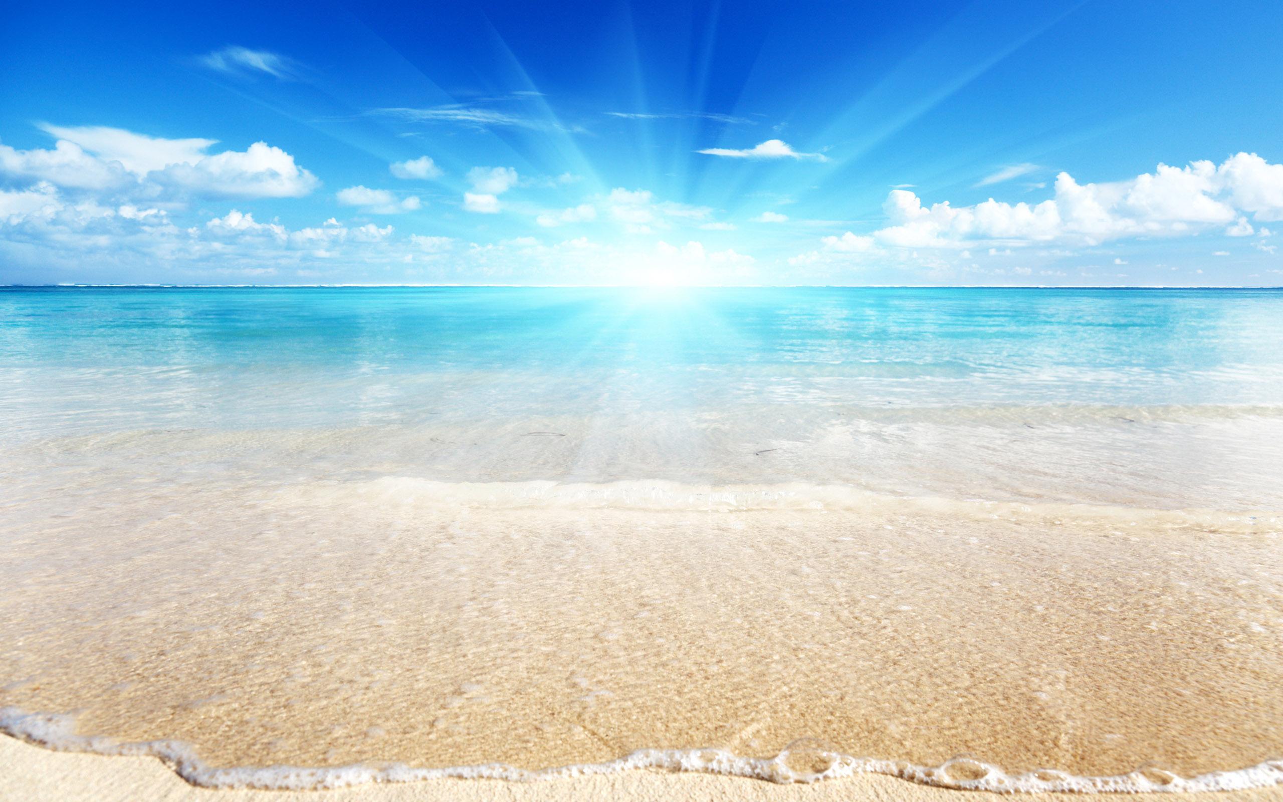 картинка море солнечный день чёрно-белое