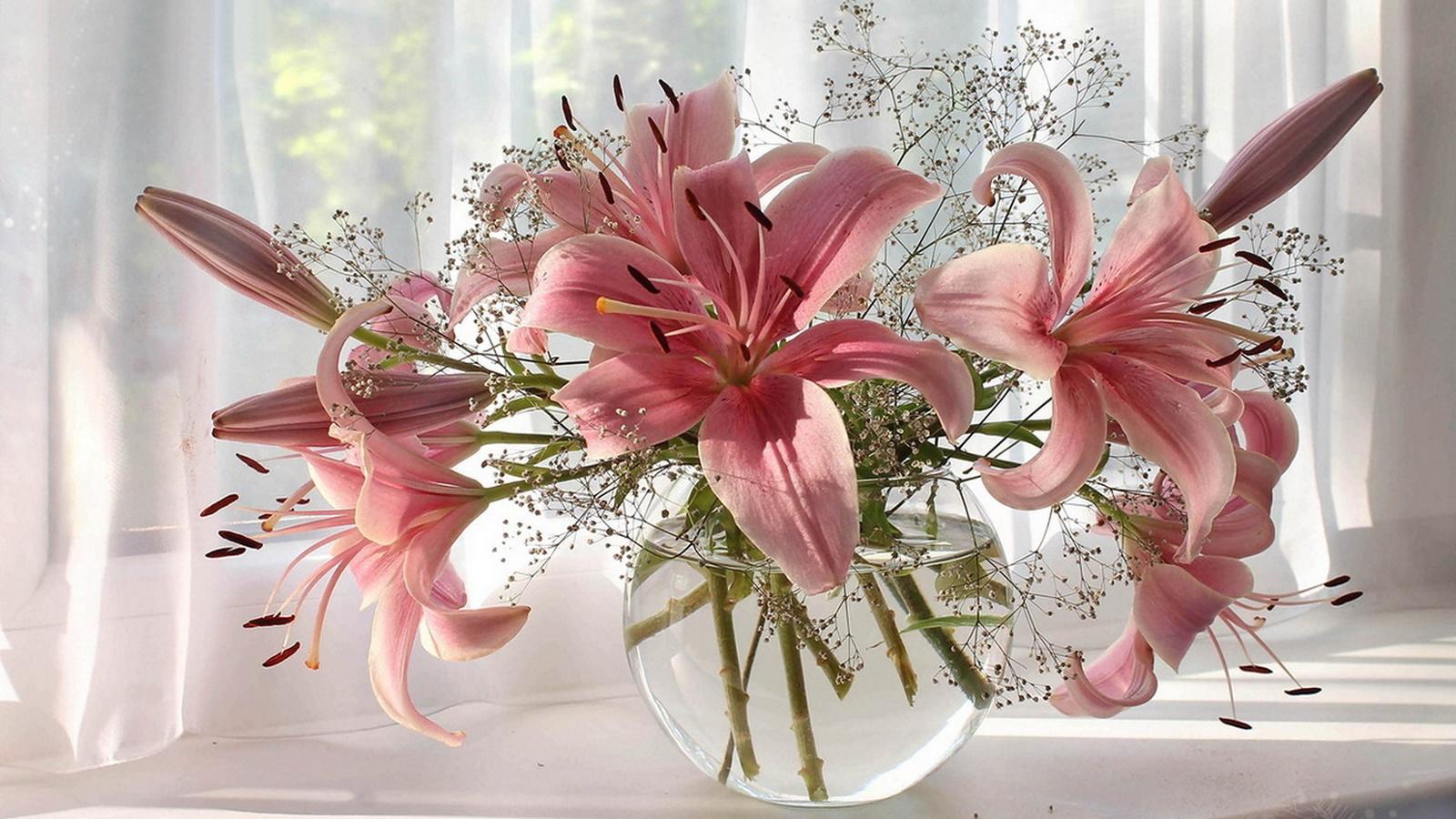 С днем рождения цветы в вазе картинки, любви другу