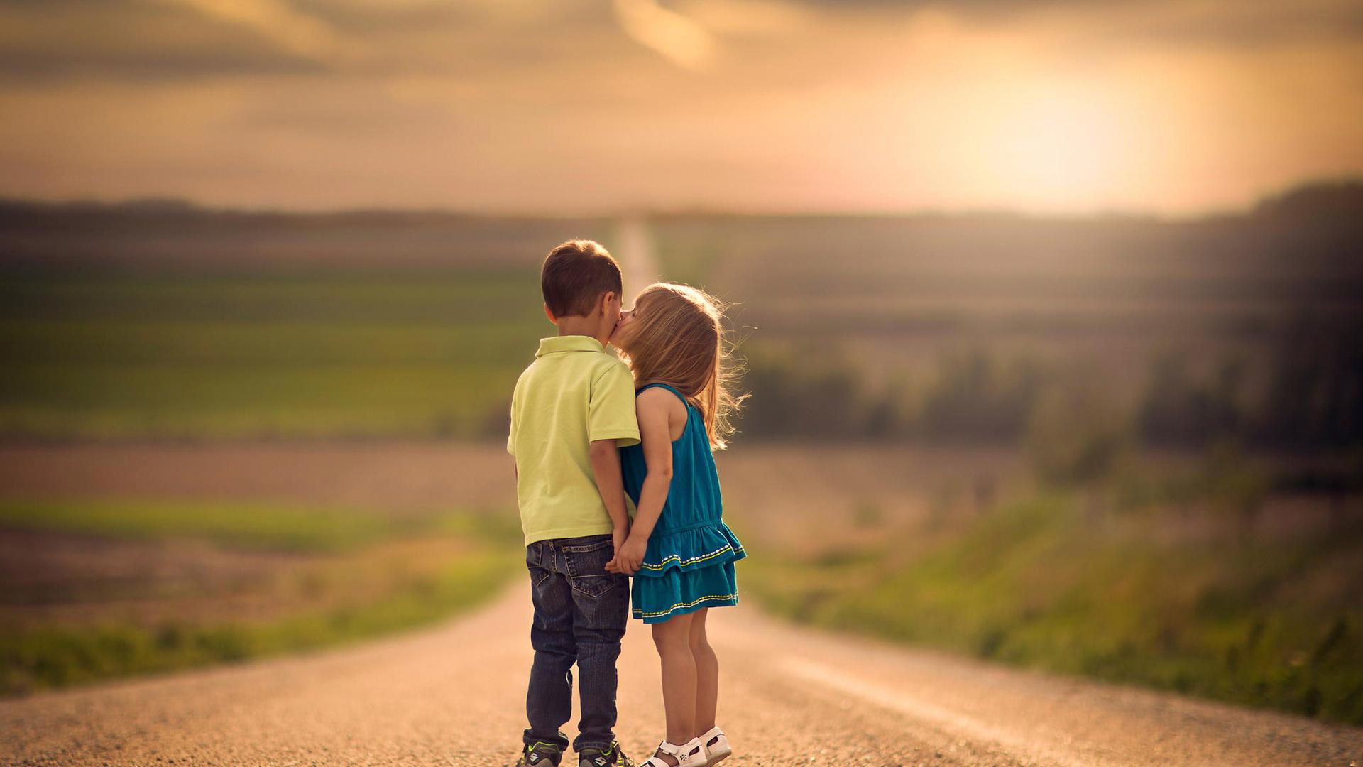 Картинки мальчик и девочка любовь с надписями со смыслом парню, картинки первые
