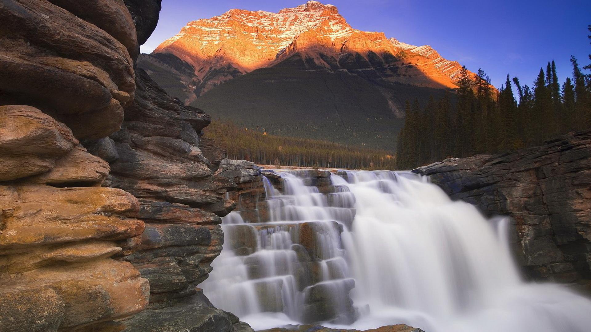 его картинки красивых гор и водопадов этом, далеко