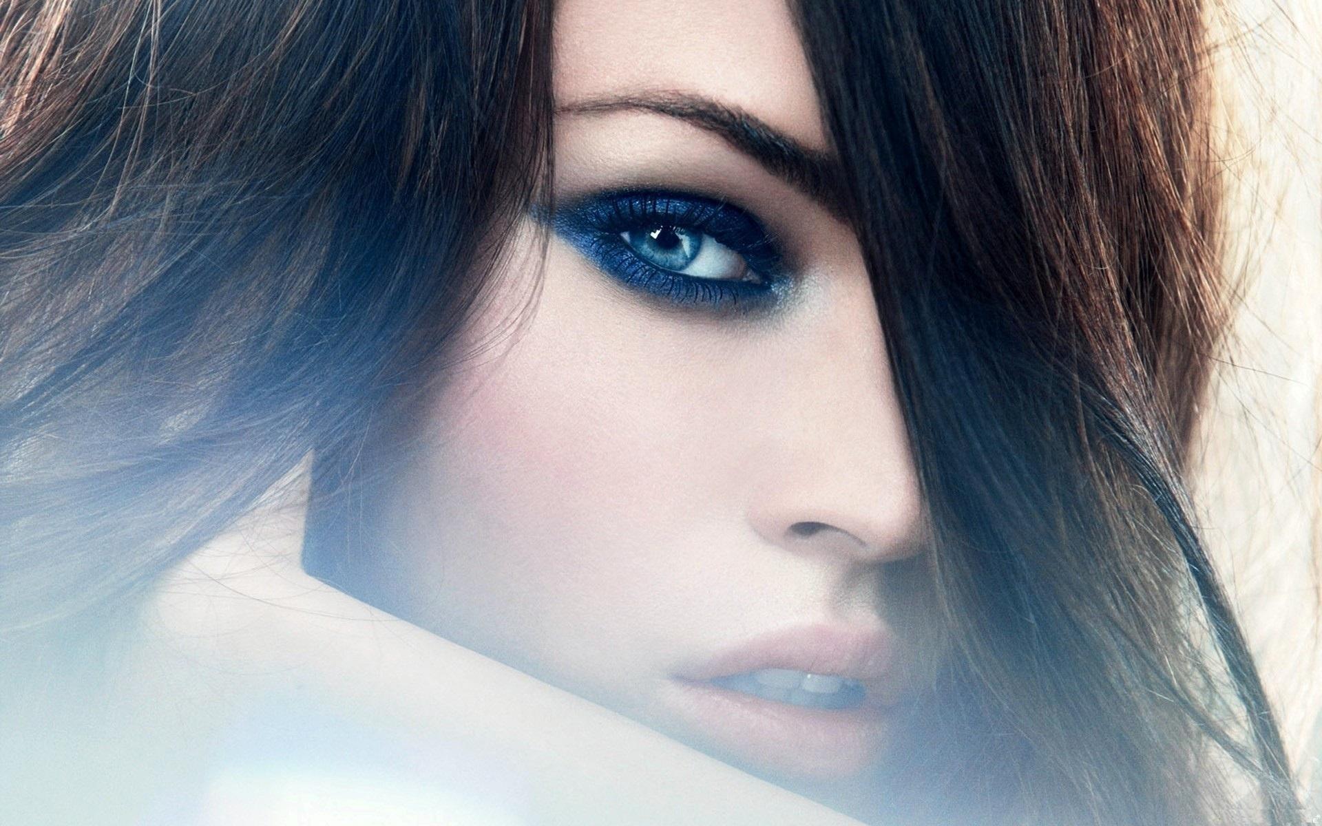 красивые картинки глаза голубые на аву гагрского