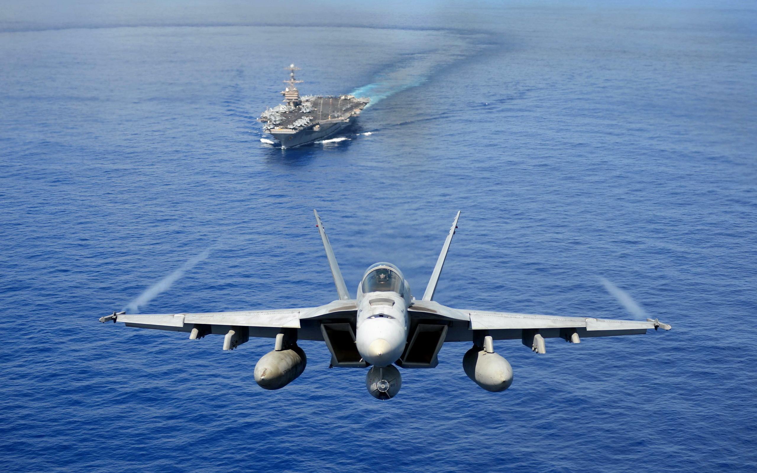 фото военных кораблей и самолетов россии подчеркивает