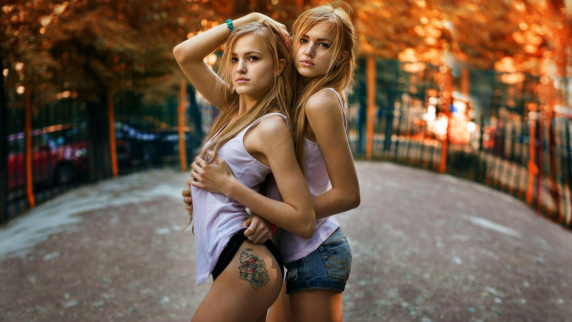 Секс молодой украинки, Порно видео онлайн: УкраинскоеМолодые 21 фотография