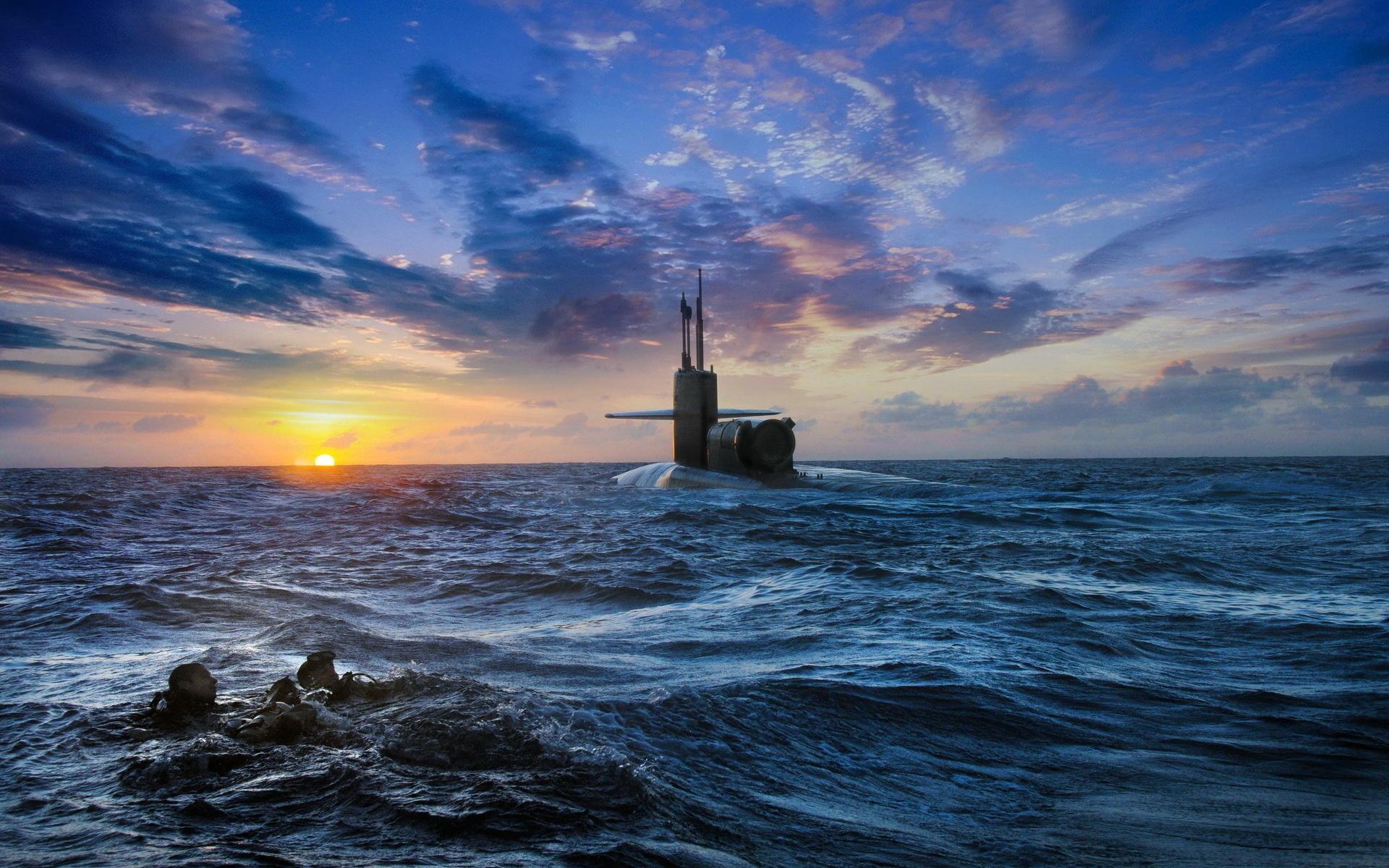 преображению подводная лодка закат в море фото искала