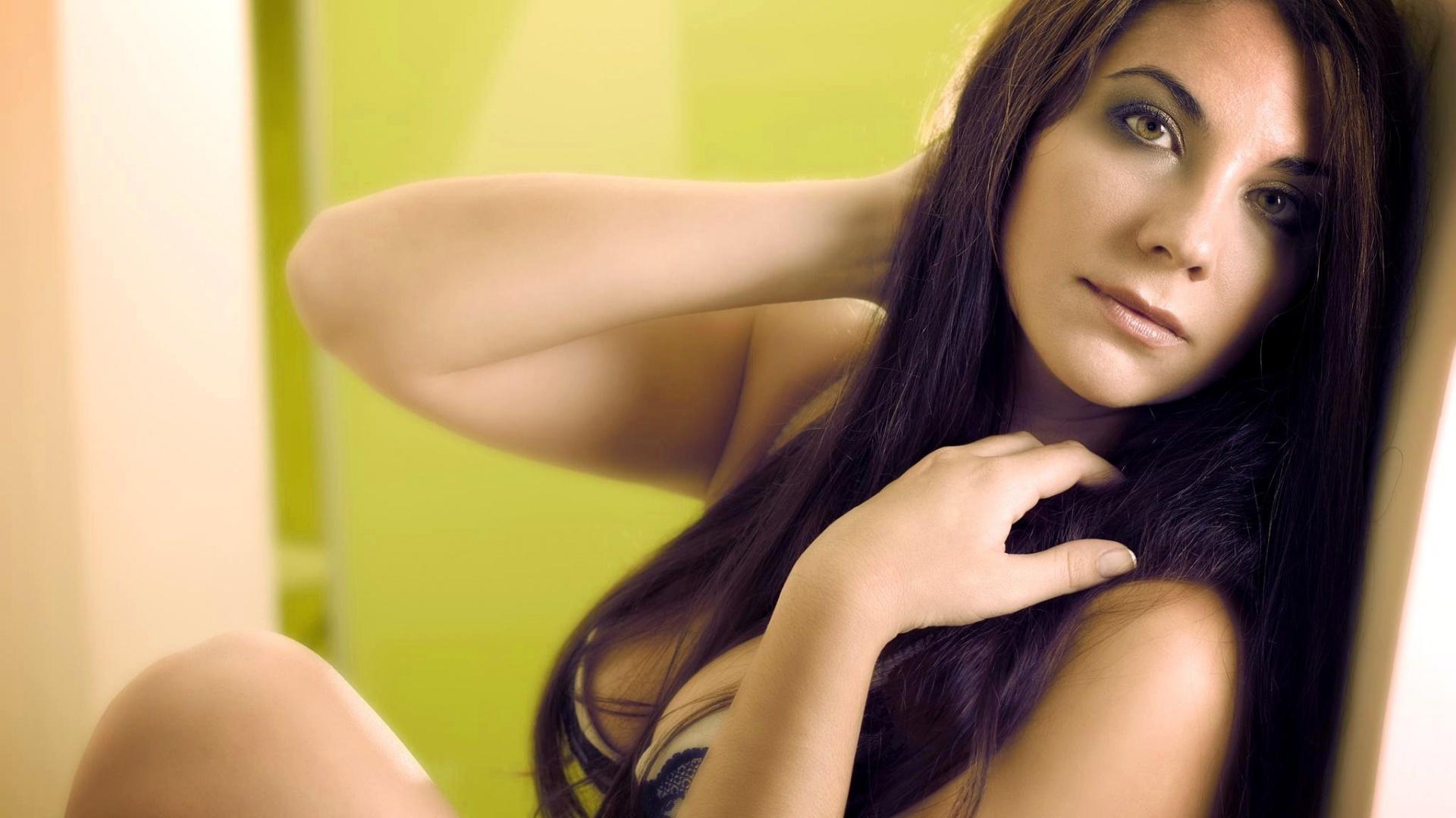 sex-clean-pictures-brunettes