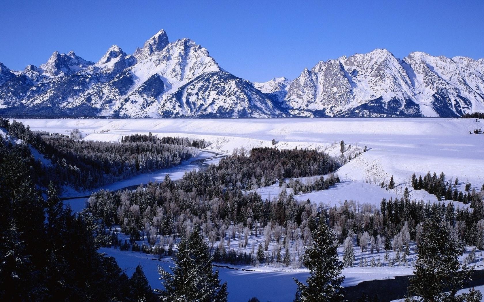 монтируют картинка горы в снегу услугам гостей трехуровневый