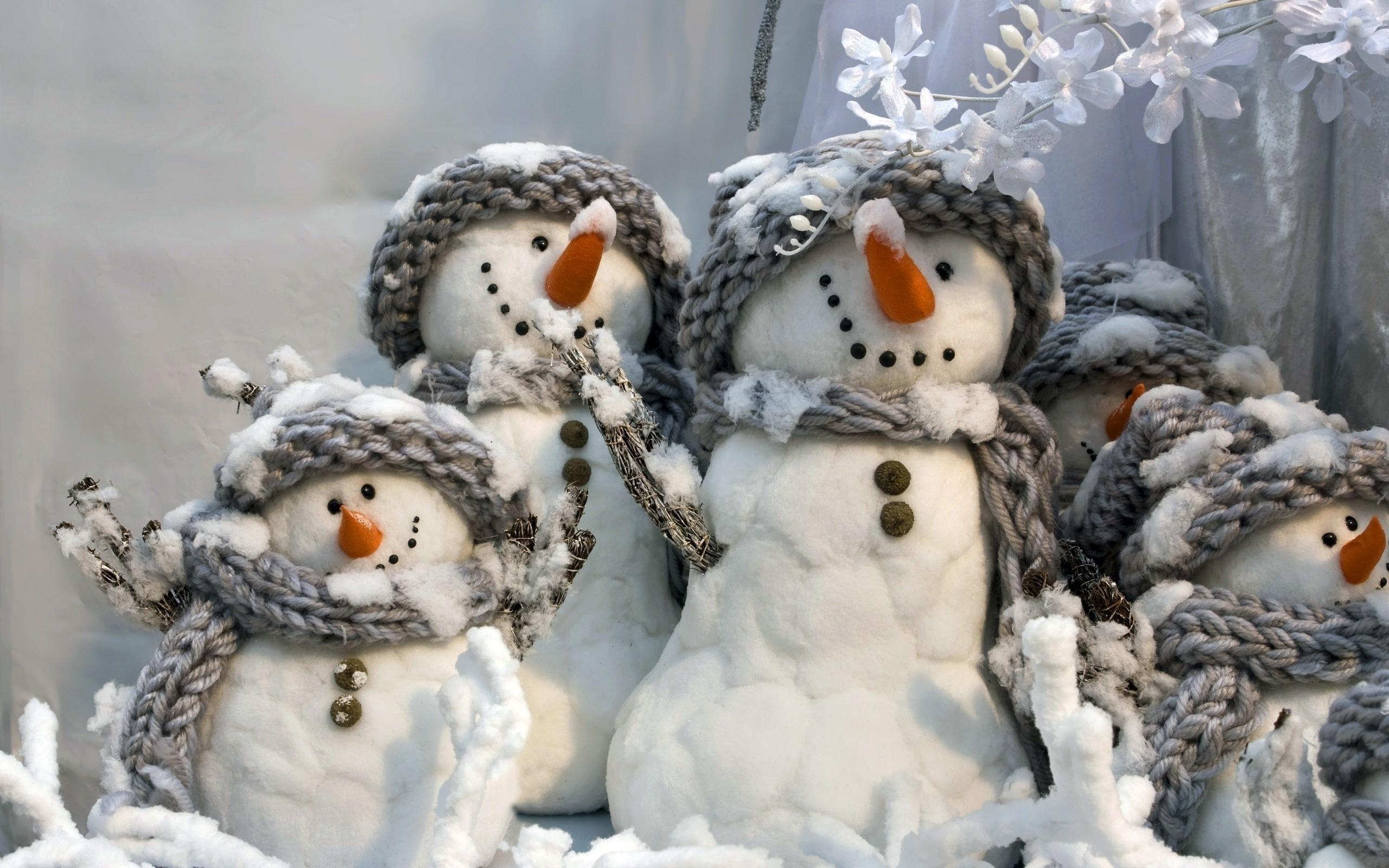 Добрым утром, картинка прикольный снеговик