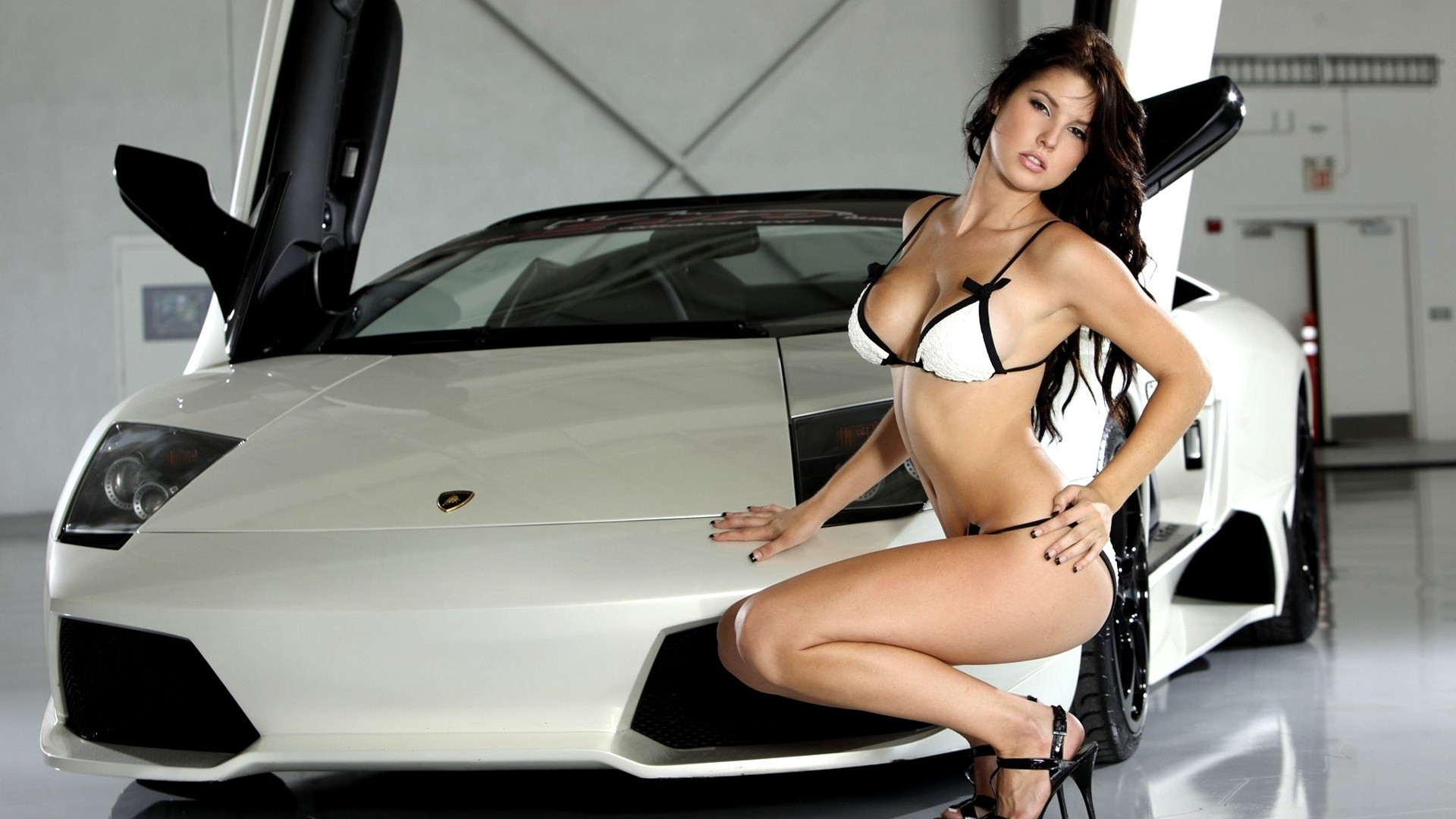 Hot Girls Fast Cars