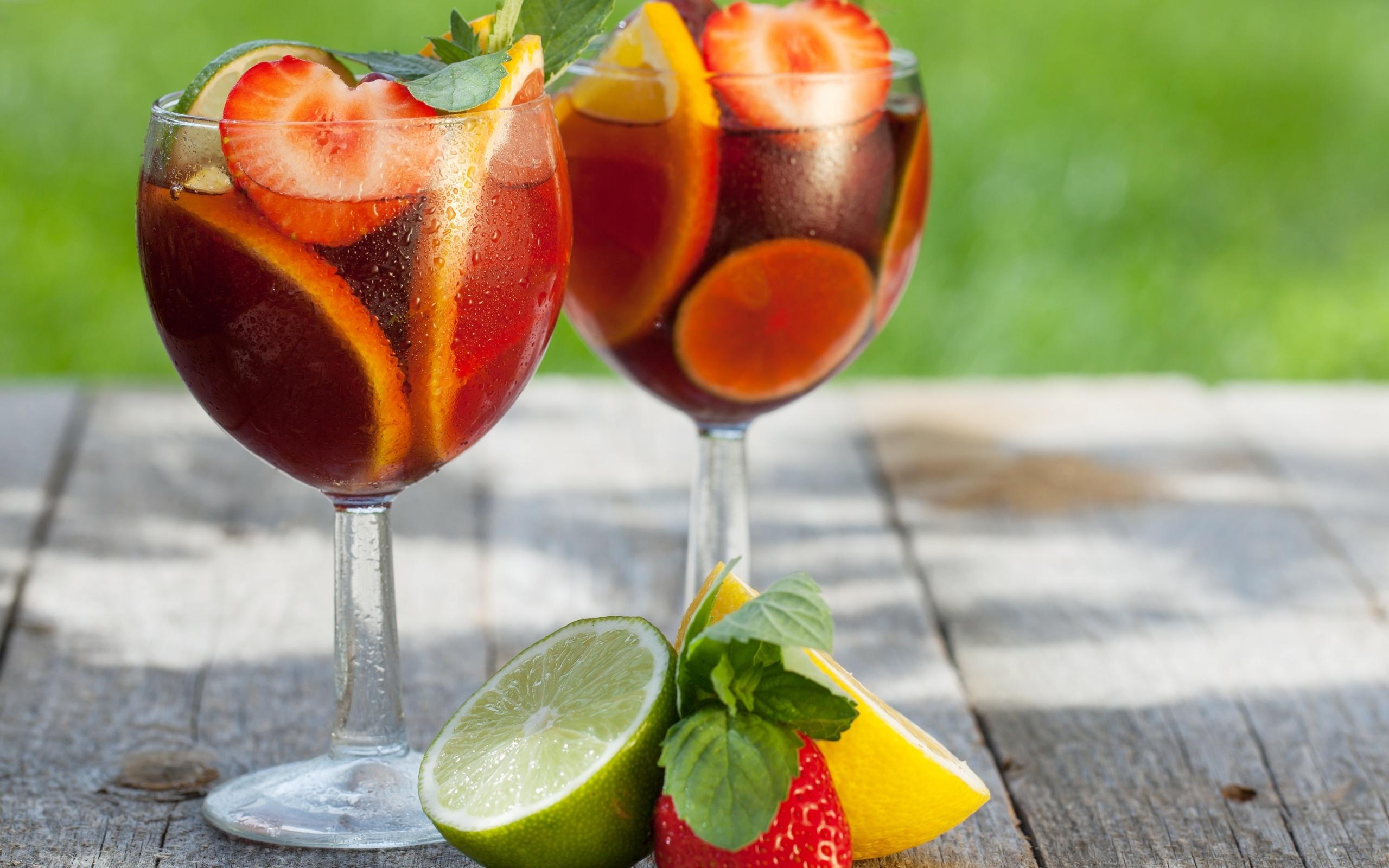 картинки ягоды на коктейле данной