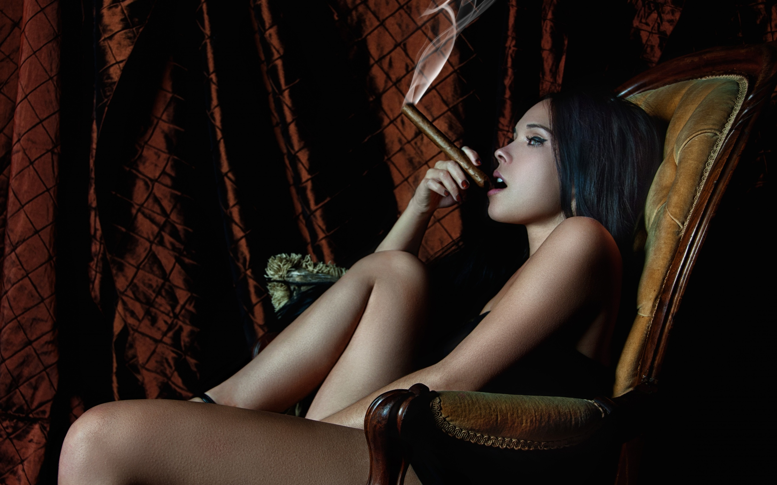 Images Of Nude Black Women With Cigarettes