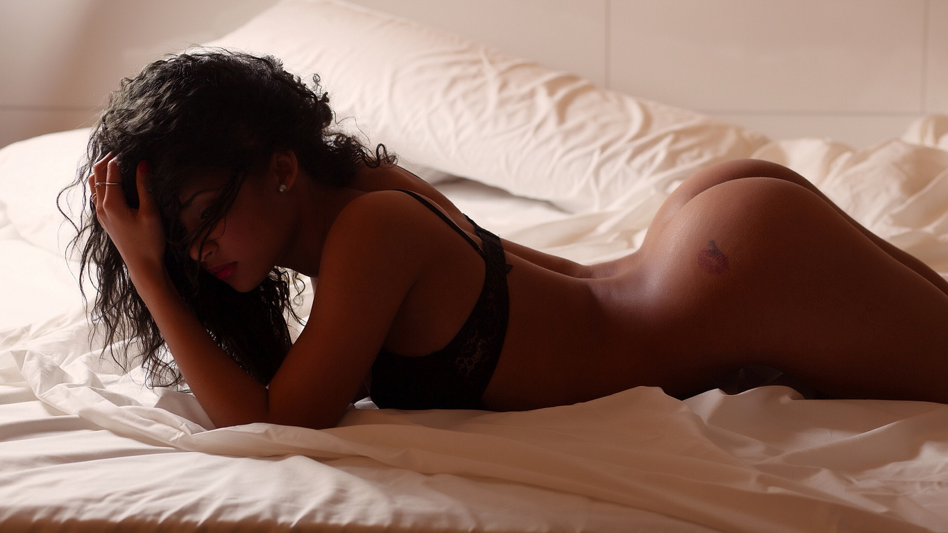 Стройную брюнетку сзади, Порно с брюнетками смотреть онлайн бесплатно 25 фотография