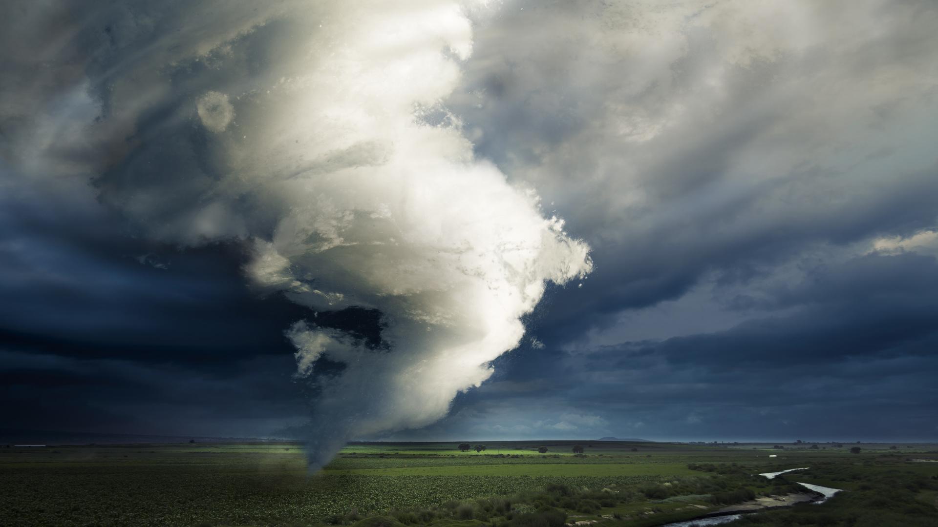 картинки ветра ураган именно его поводу