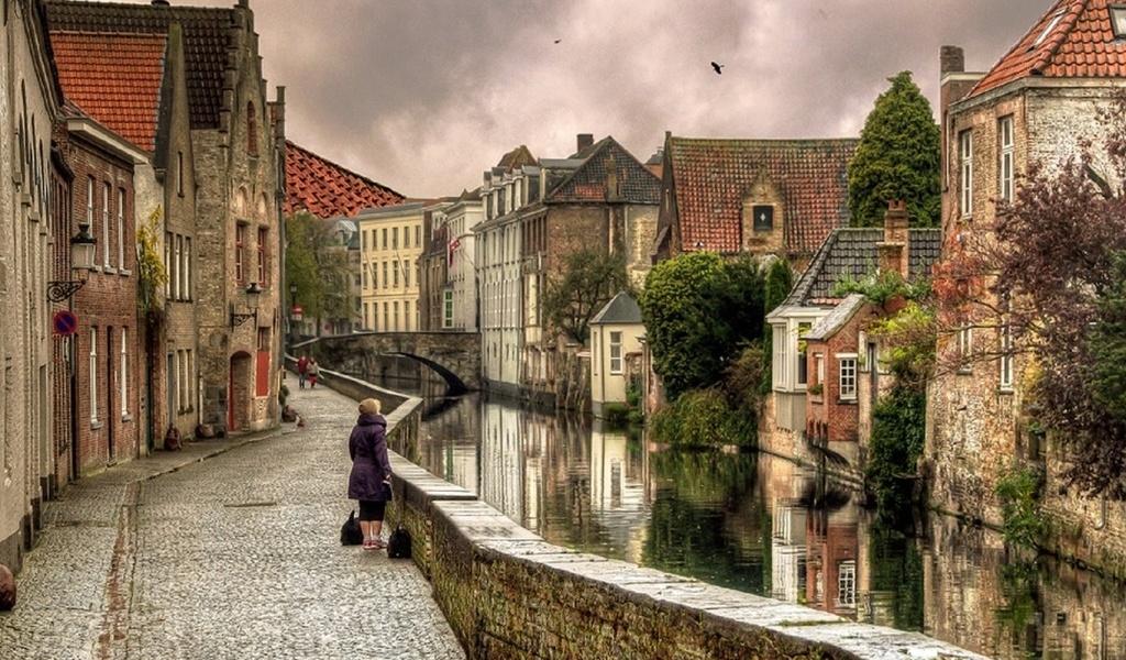 этап картинки старых улочек европы конструкция размещается