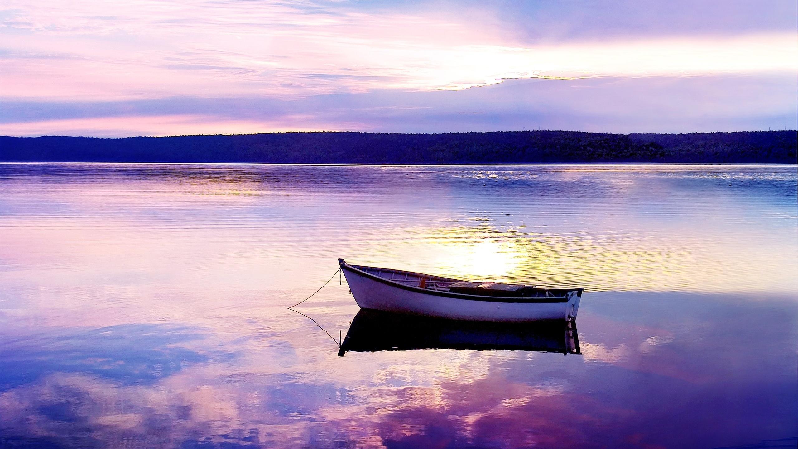 Картинки озеро лодка