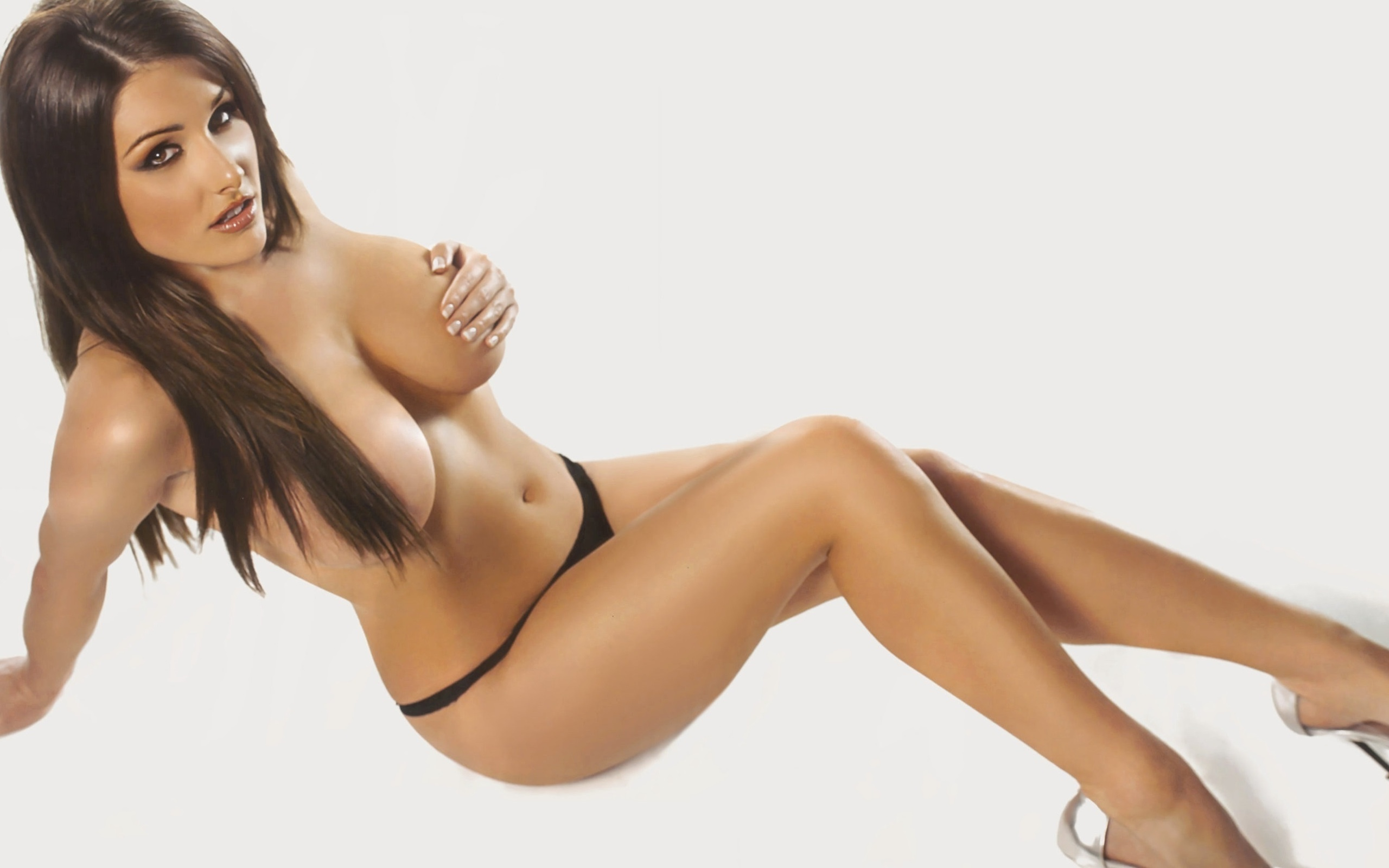 only-picture-of-sexiest-girl-with-figure