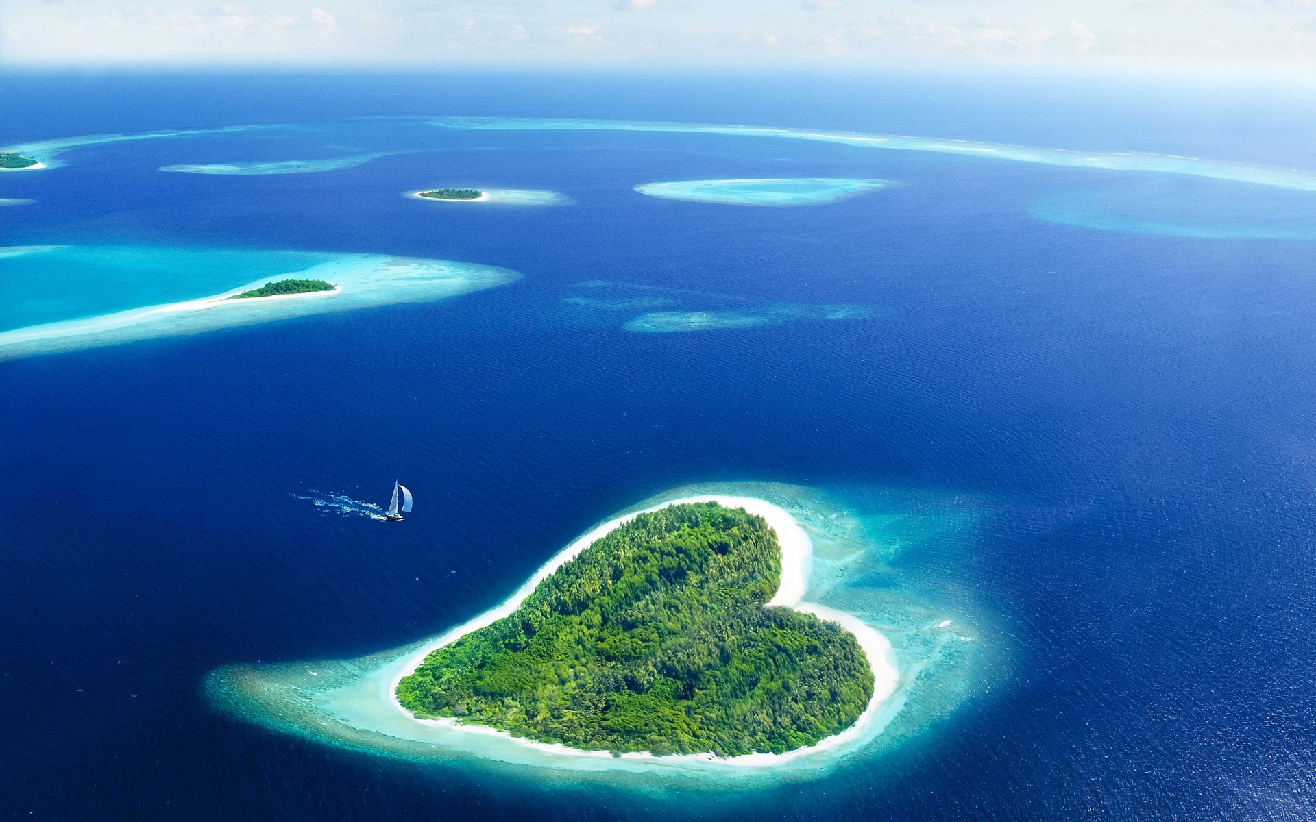Несколько островов на одной картинке