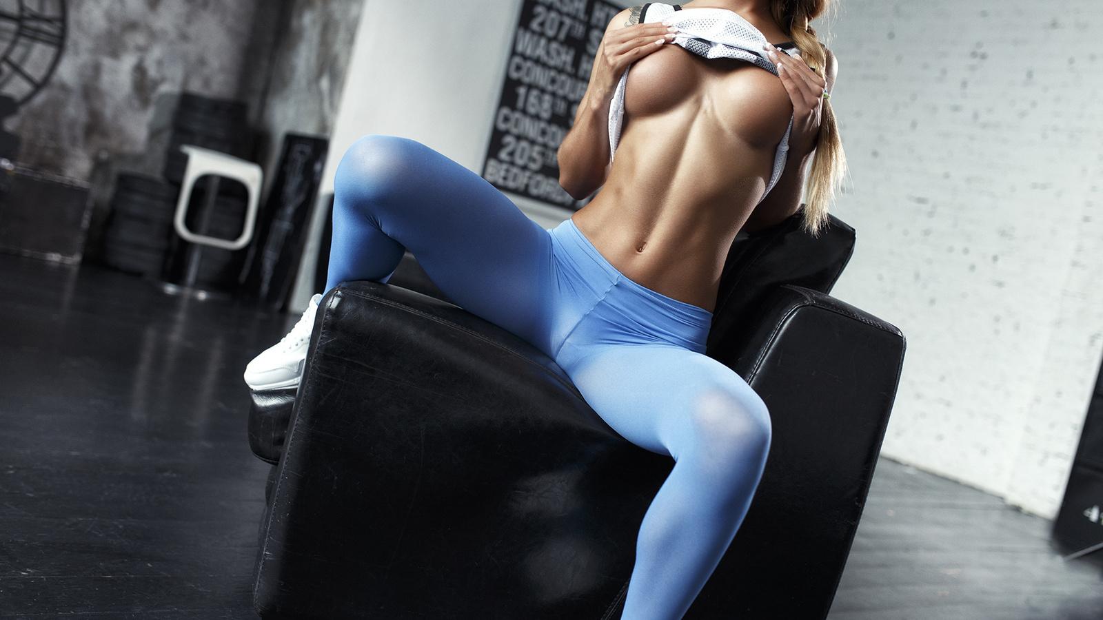 знает название фото эротика девушек в одежде для фитнеса теперь всего