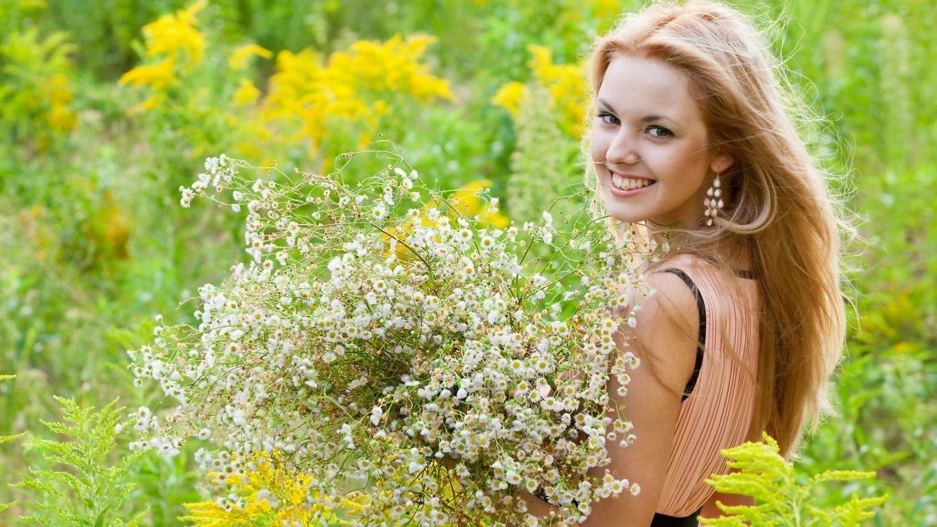 Картинки красивая девушка лето