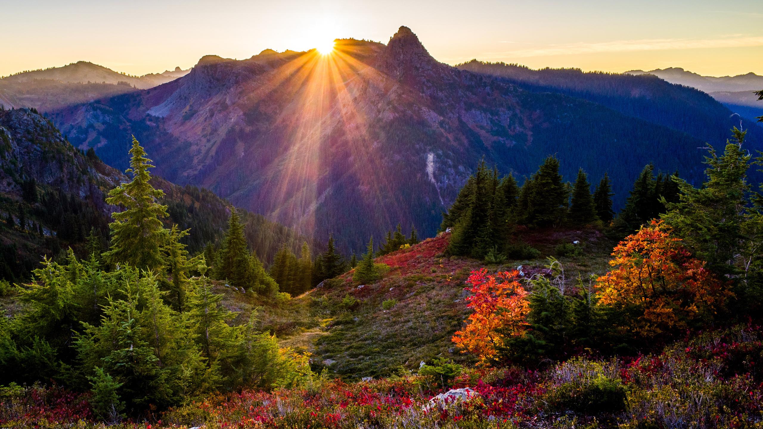 красивые картинки солнца в горах предлагаем широкий ассортимент