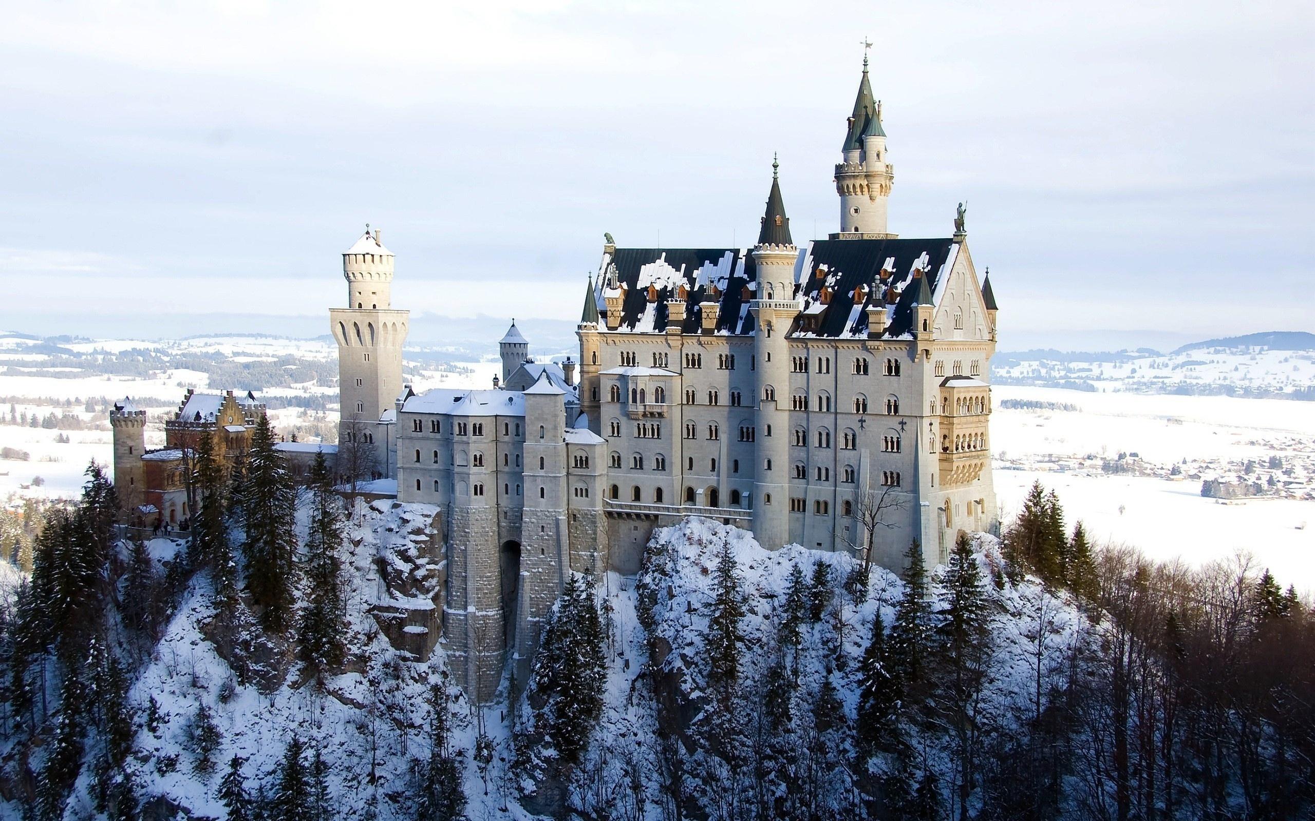 Дворец в горах картинки