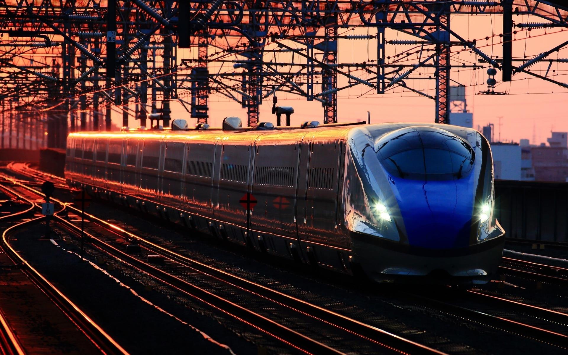 поезд красивые картинки дивчина