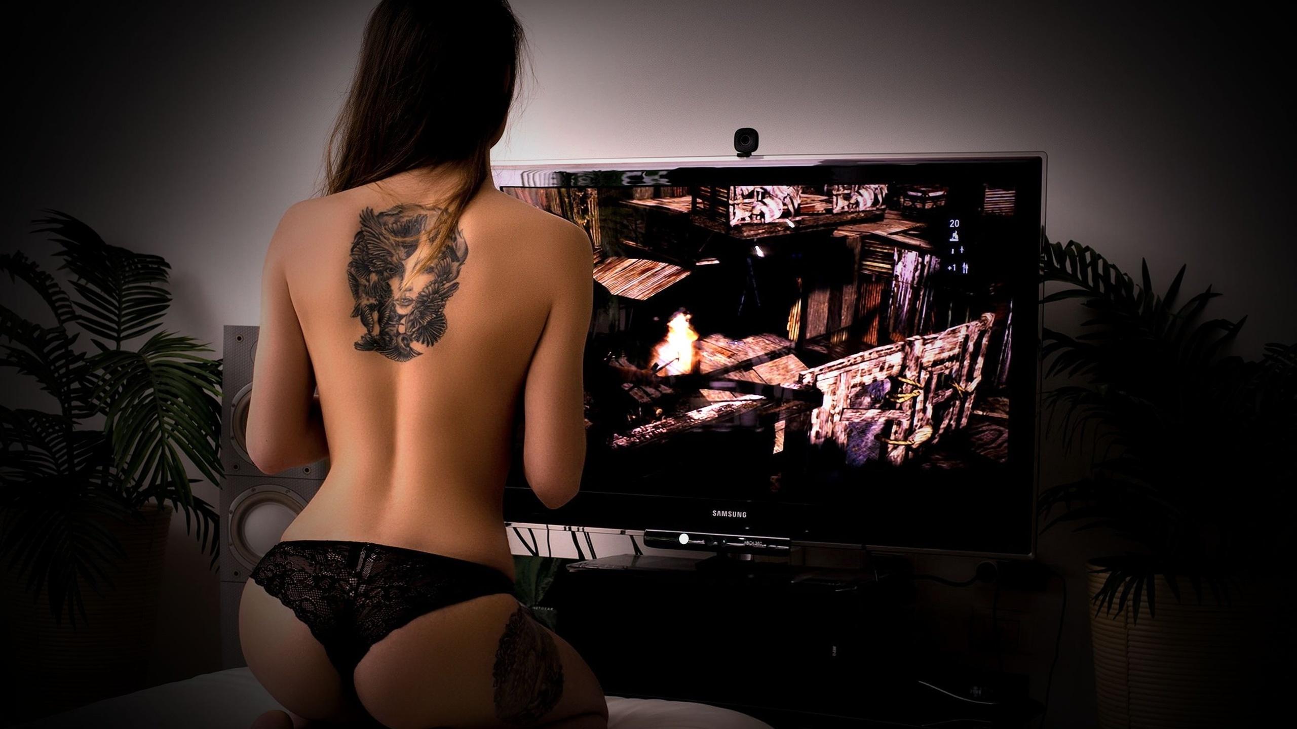 Sexy hot gamer girl cosplay