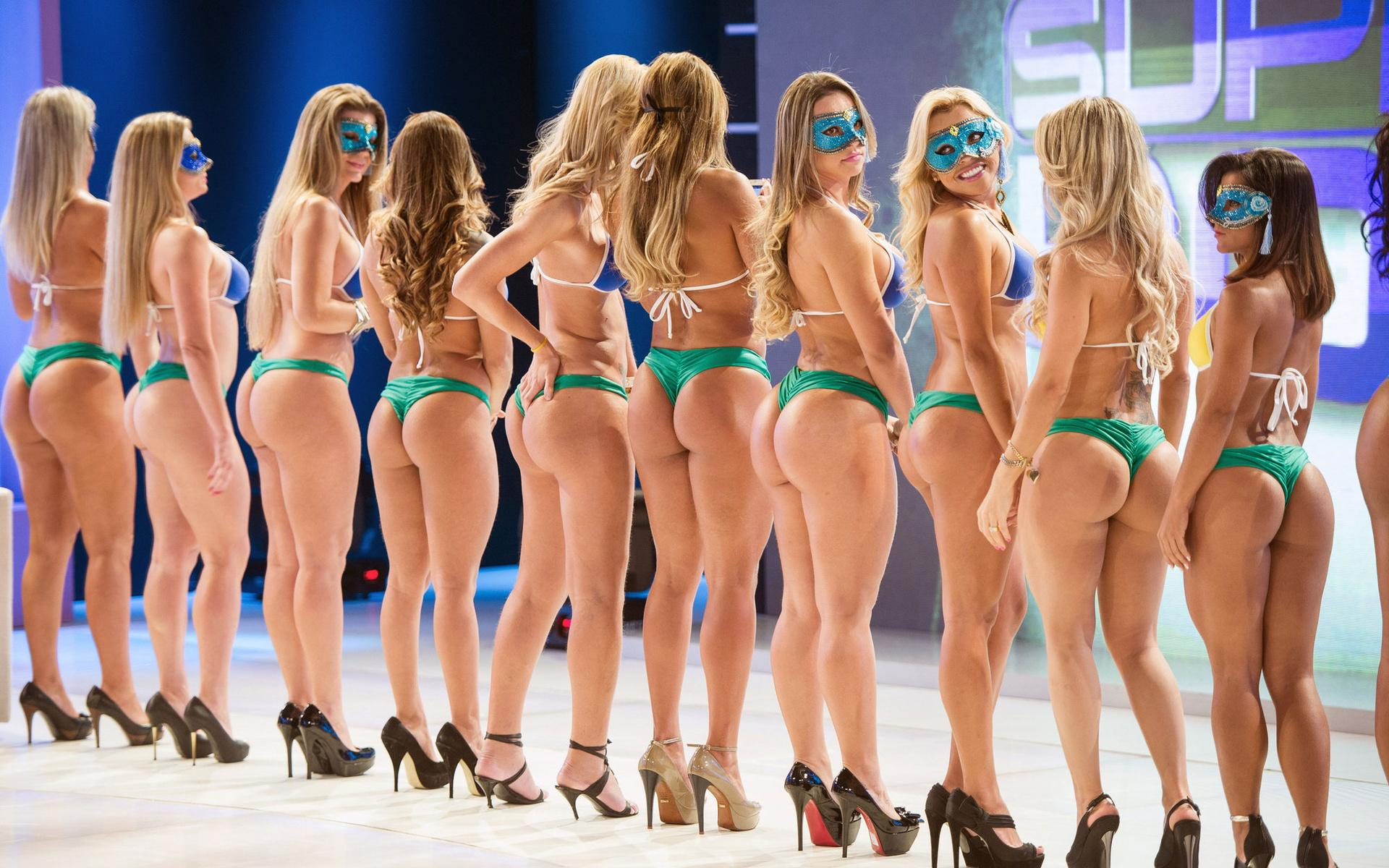 Секс американские попы фотки блондинка