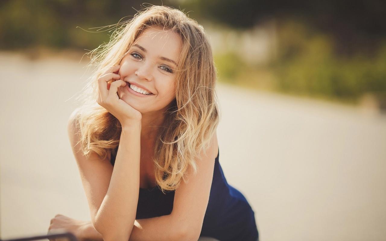 министра красивая добрая улыбка картинка цветов профнастила, которую