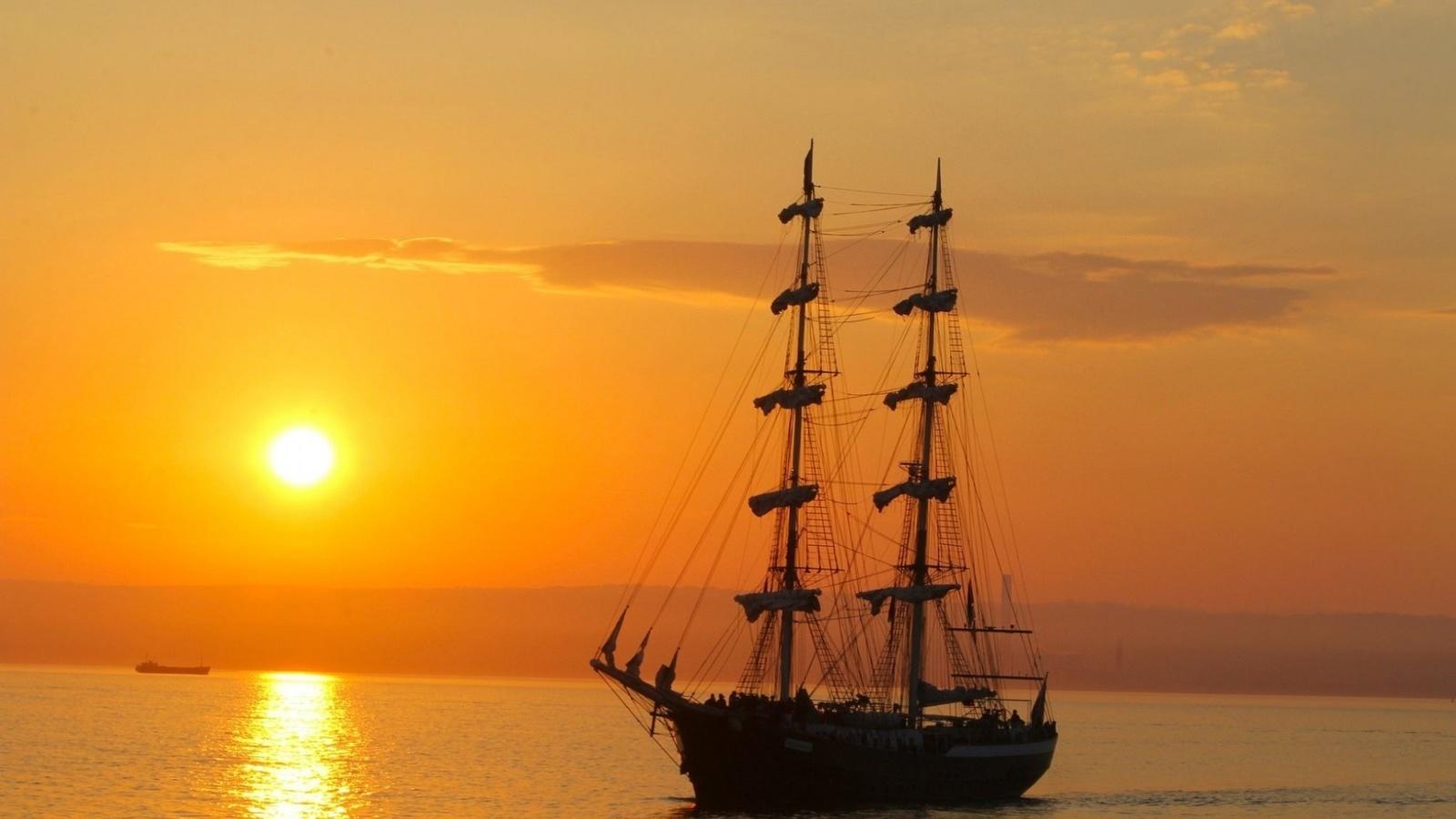 фотографии кораблей на солнце защиты