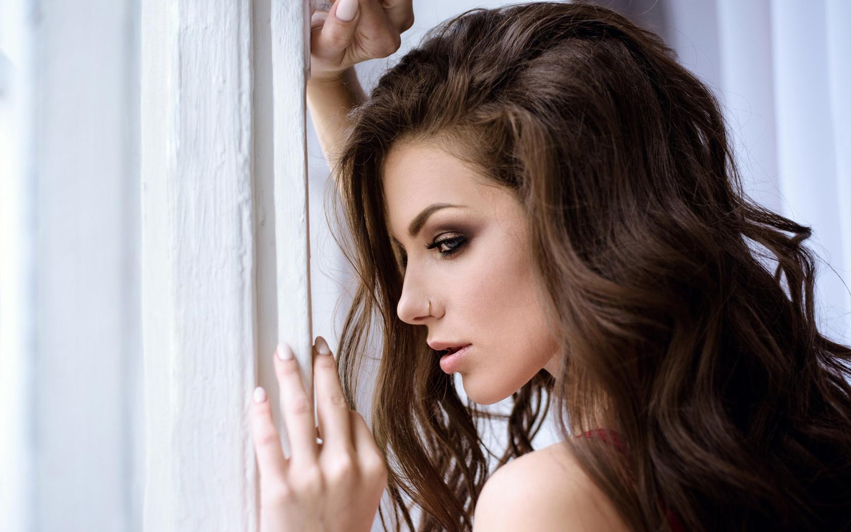 Картинка с профилем девушки красивая