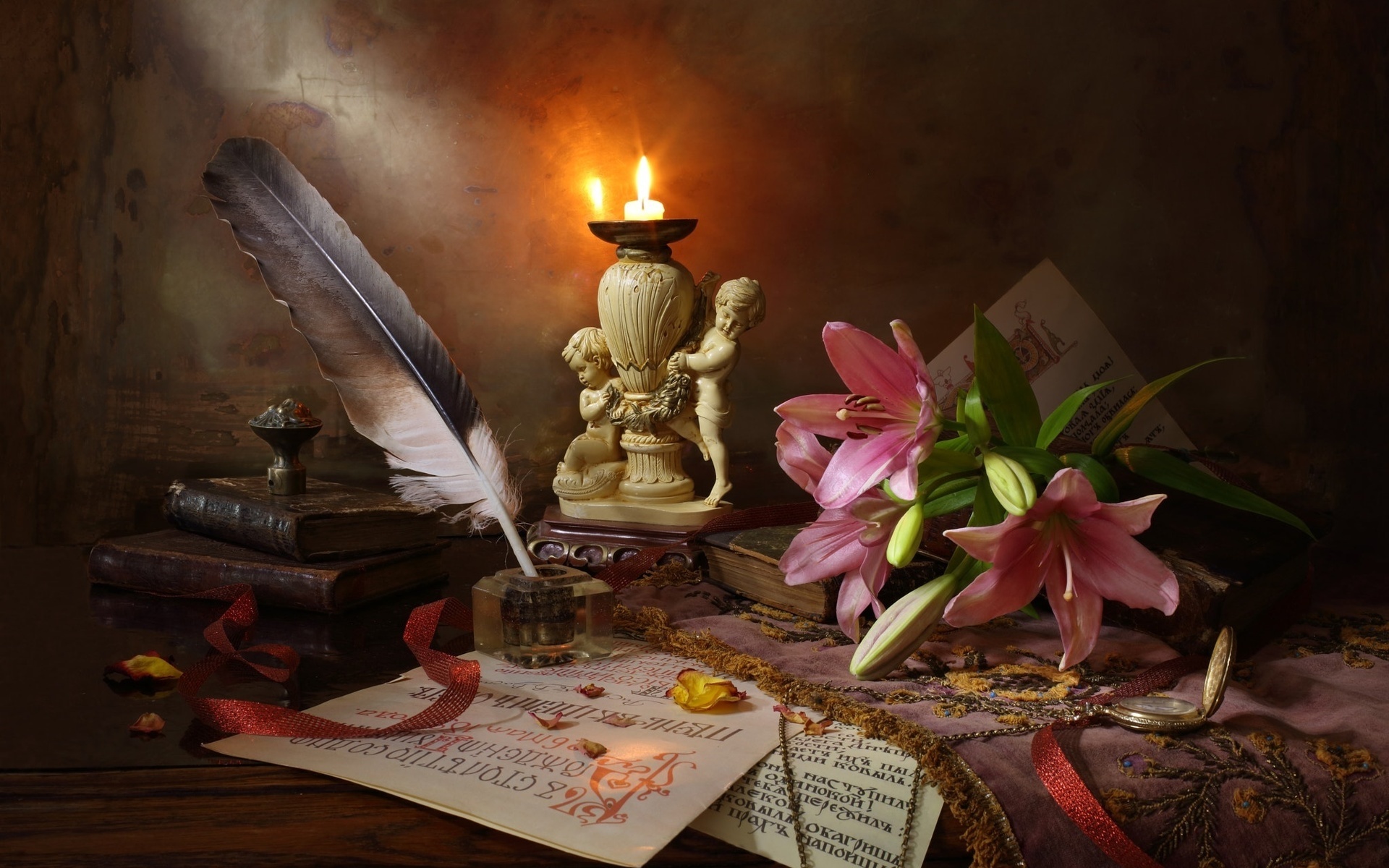 фото с пером и книгой франции